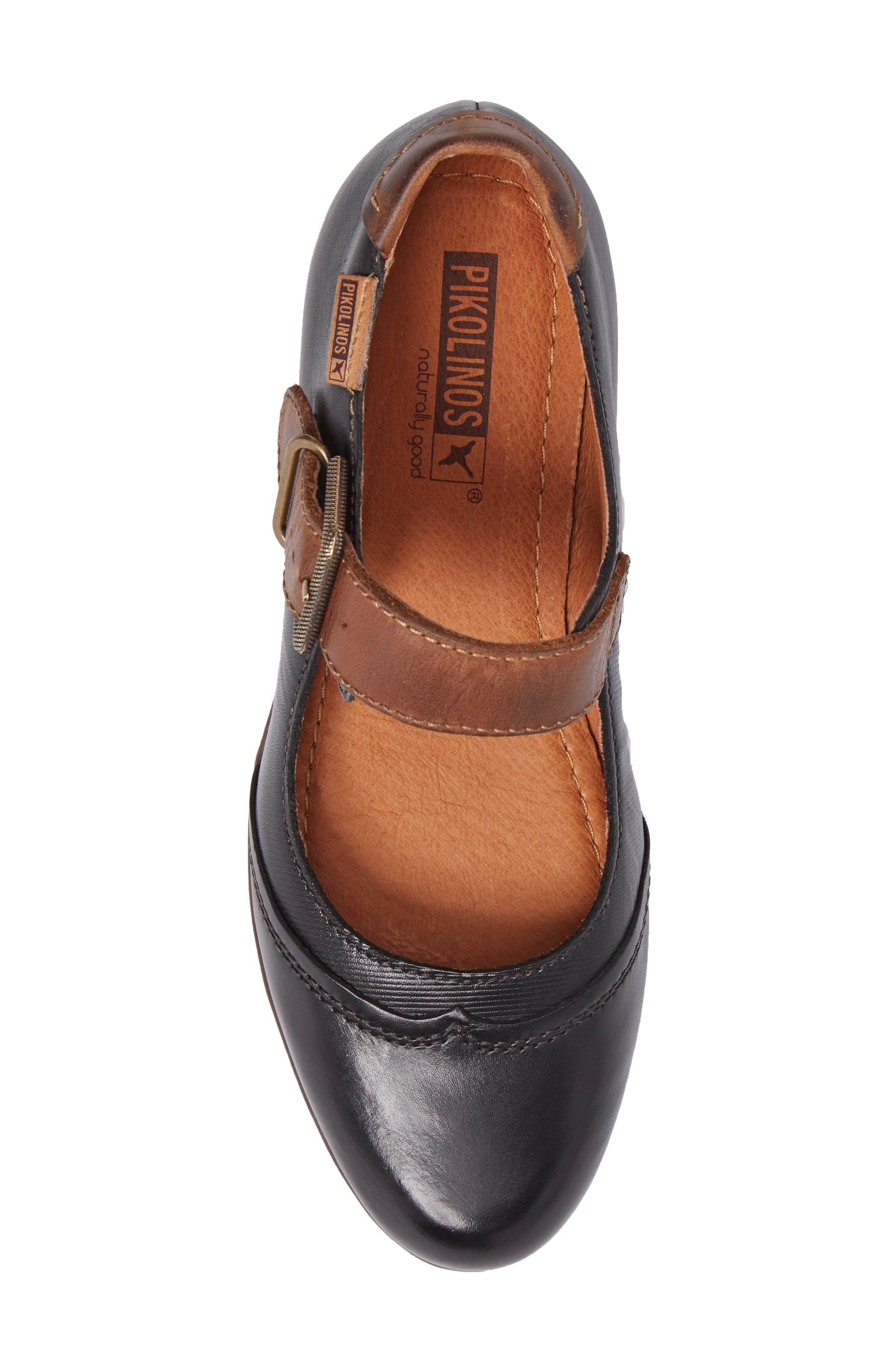Rotterdam Water Resistant Mary Jane Pump,                             Alternate thumbnail 4, color,                             Black Leather