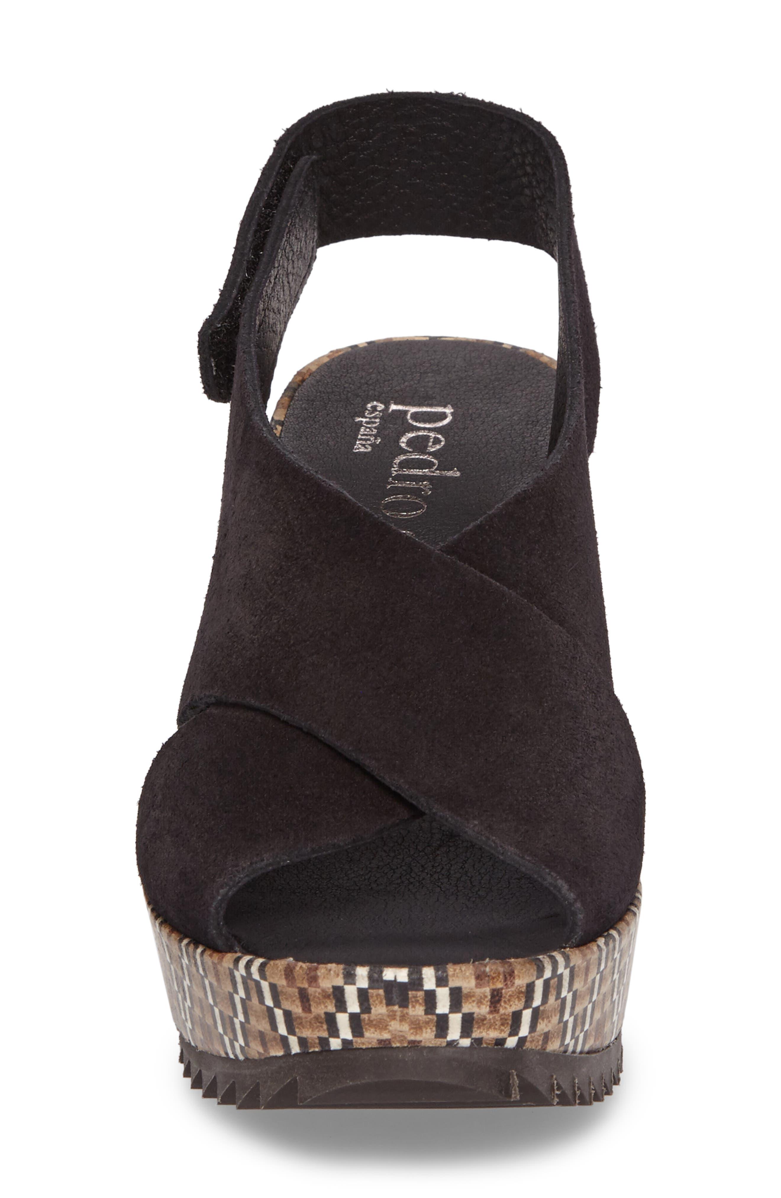 'Federica' Wedge Sandal,                             Alternate thumbnail 4, color,                             Black Castoro