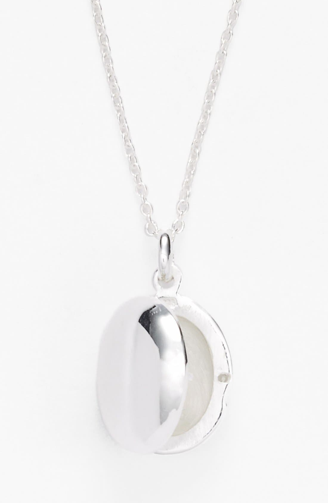 Alternate Image 2  - Argento Vivo Oval Locket Necklace