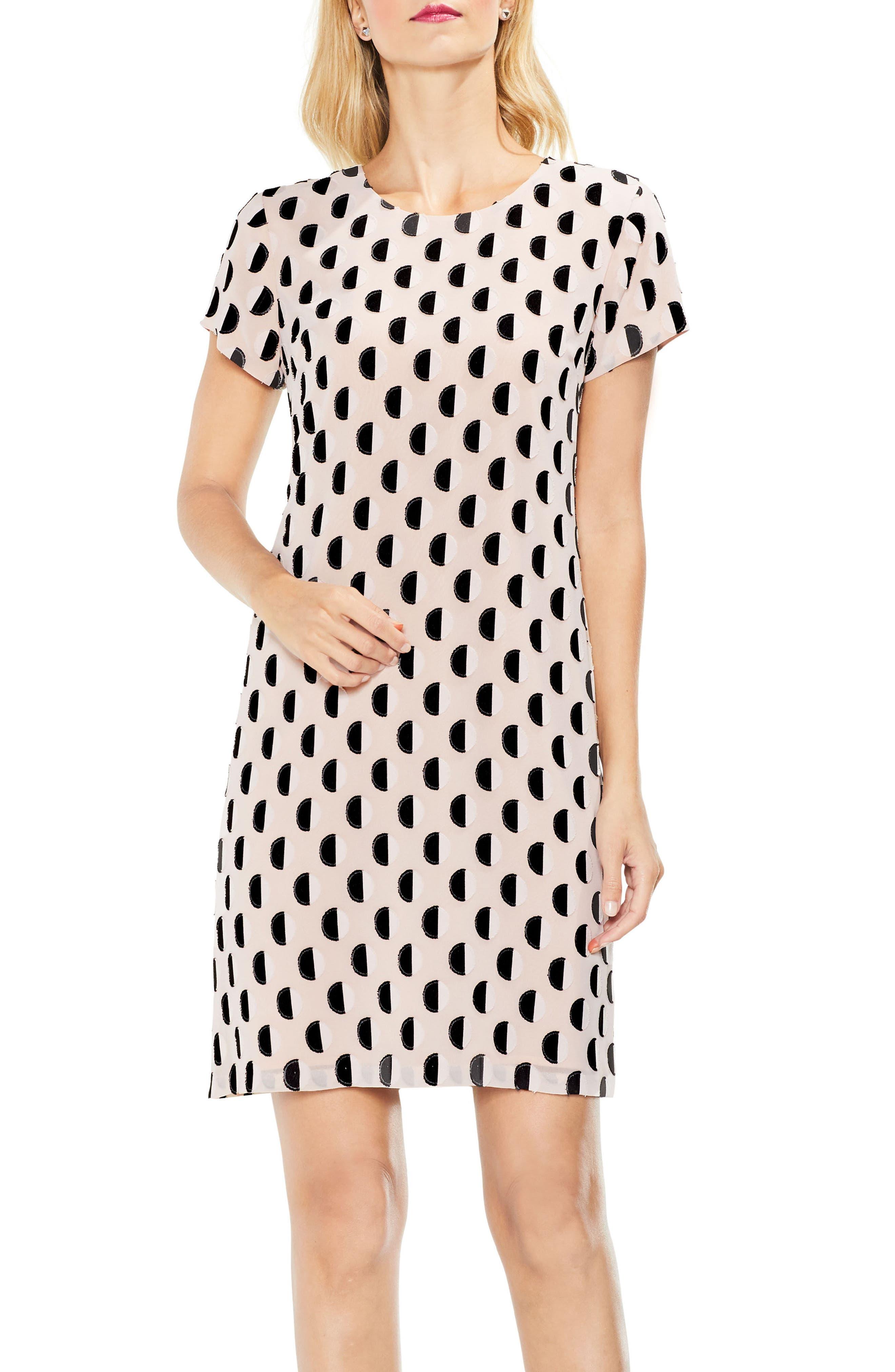 Main Image - Vince Camuto Graphic Clip Dot Shift Dress