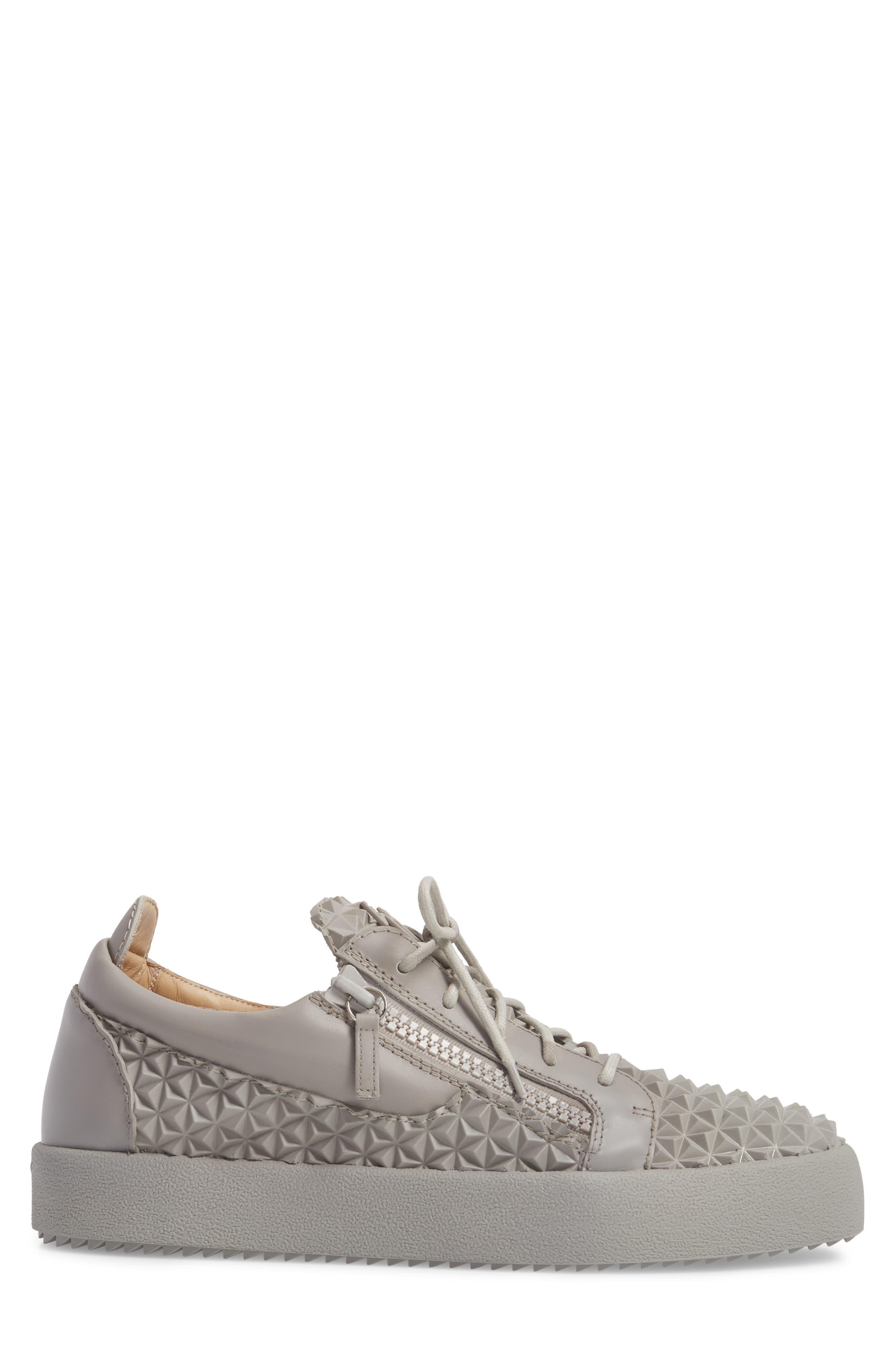 Low Top Sneaker,                             Alternate thumbnail 3, color,                             Grey