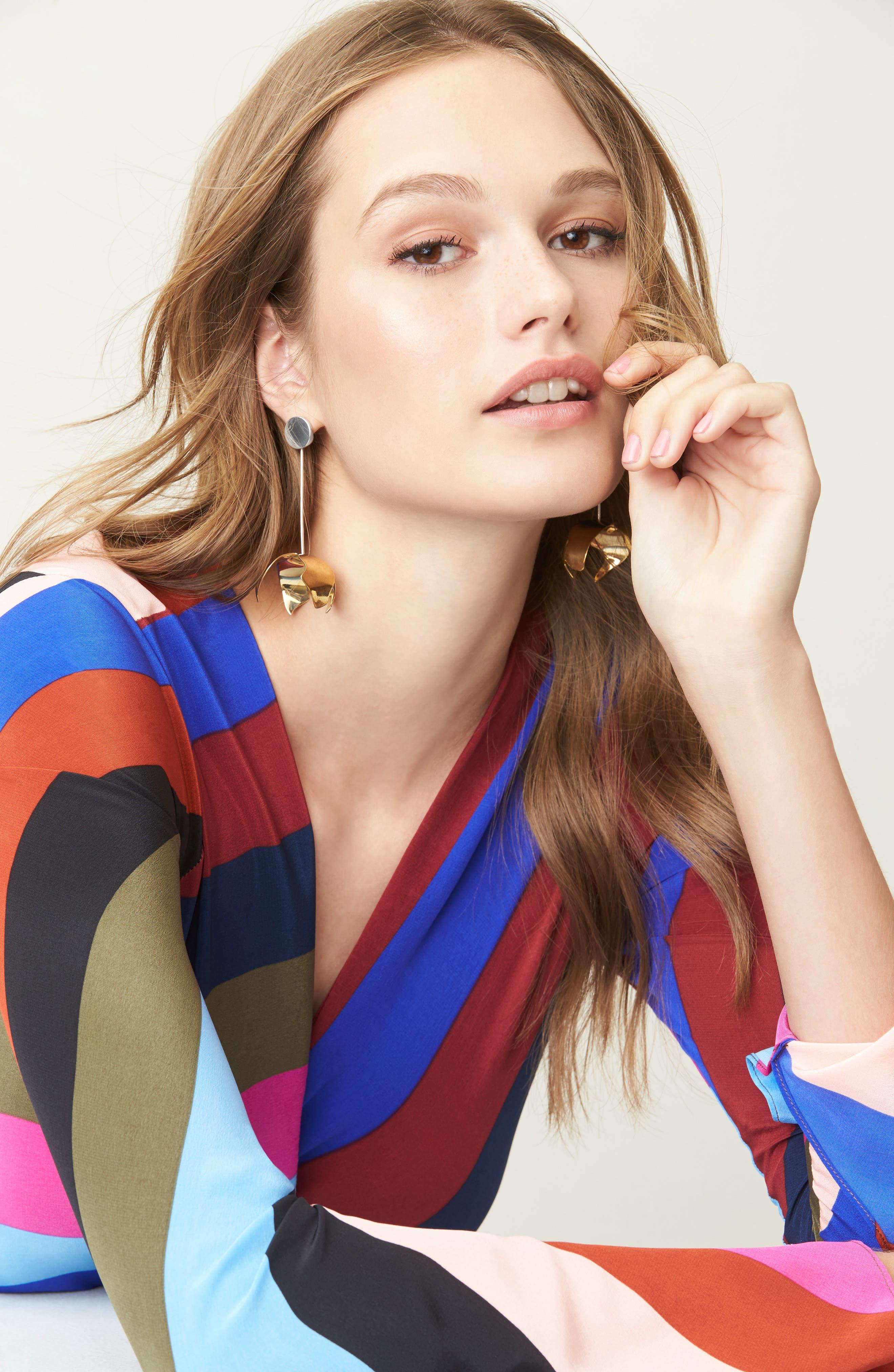 Ladyday Linear Drop Earrings,                             Alternate thumbnail 4, color,                             Silver/ Bronze