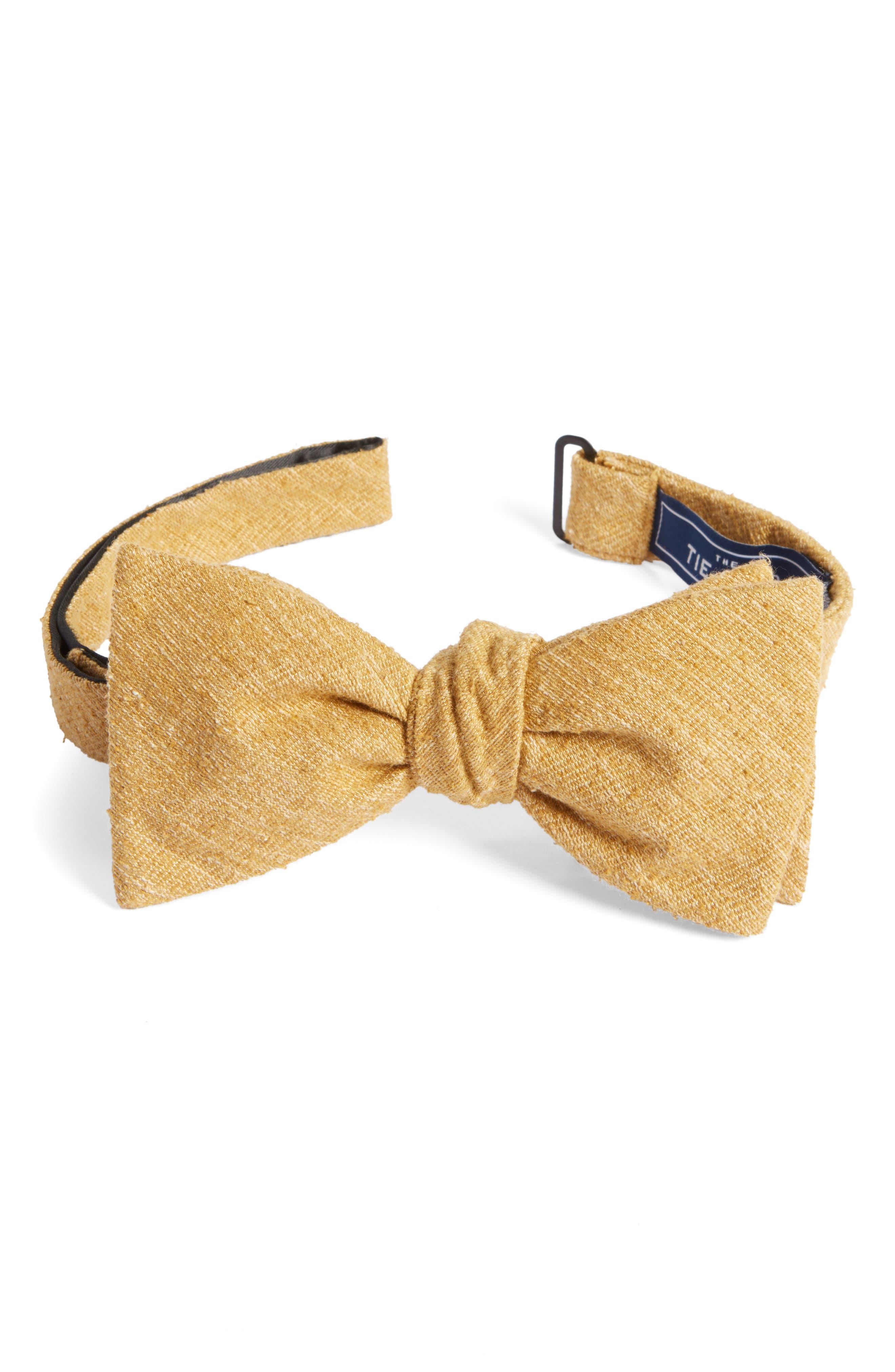 The Tie Bar West Ridge Silk Bow Tie
