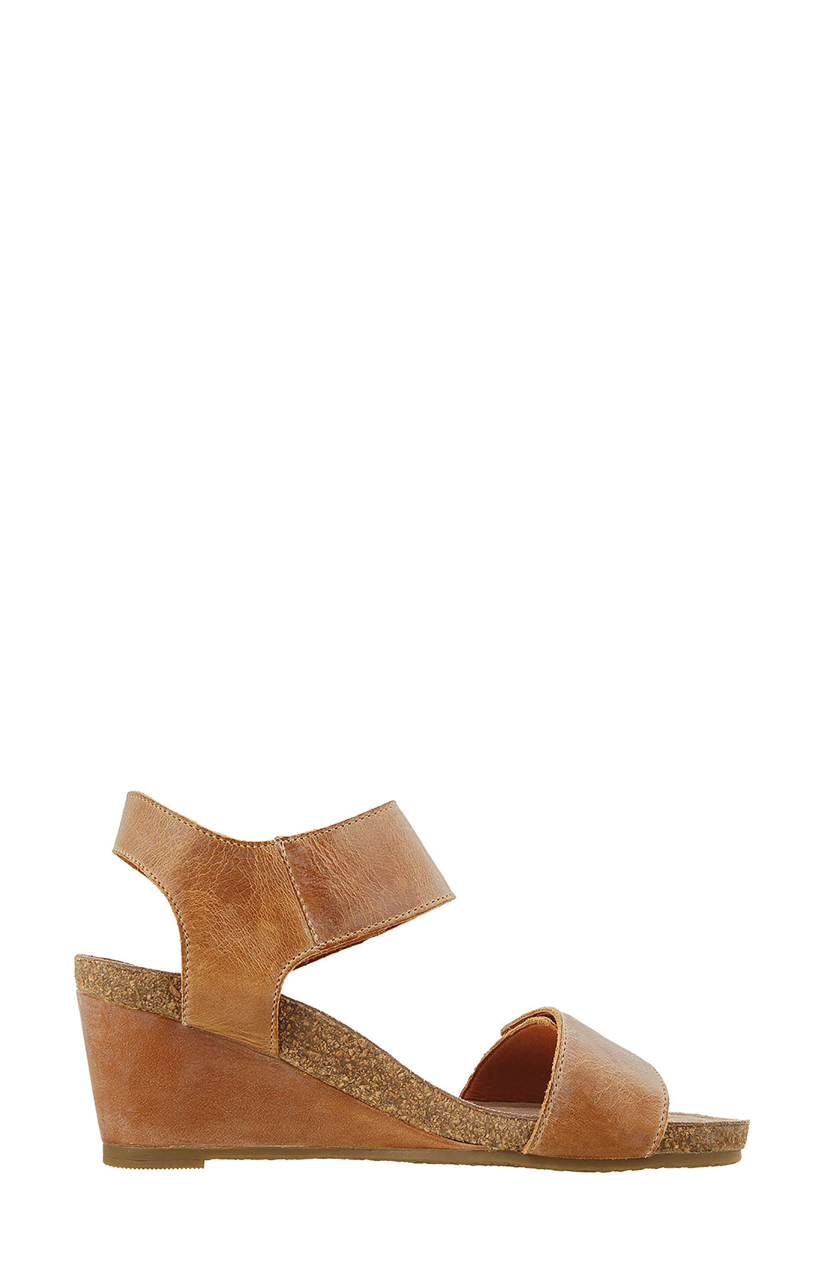 'Carousel 2' Wedge Sandal,                             Alternate thumbnail 3, color,                             Camel Suede