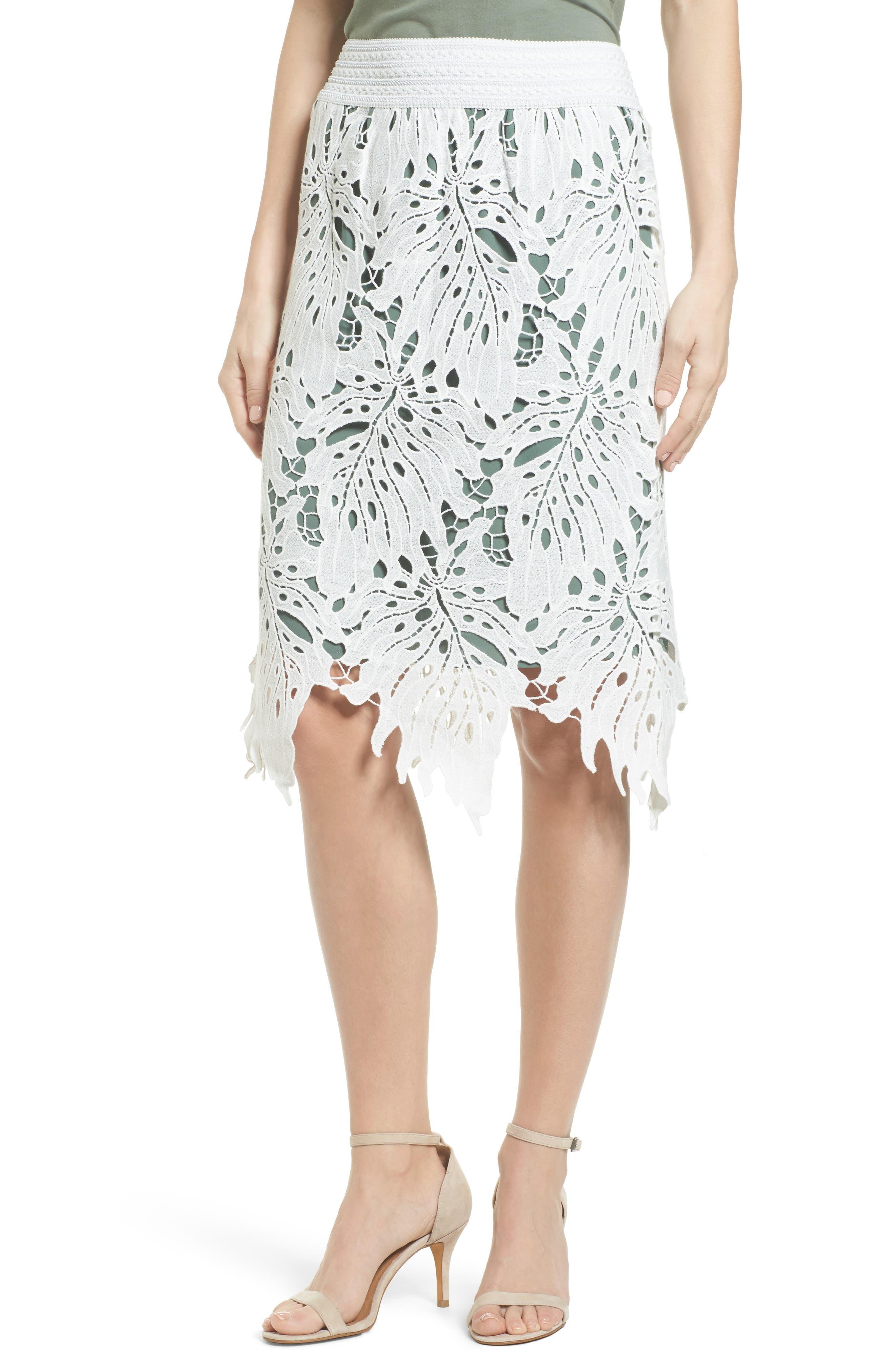 NIC+ZOE Falling Lace Skirt