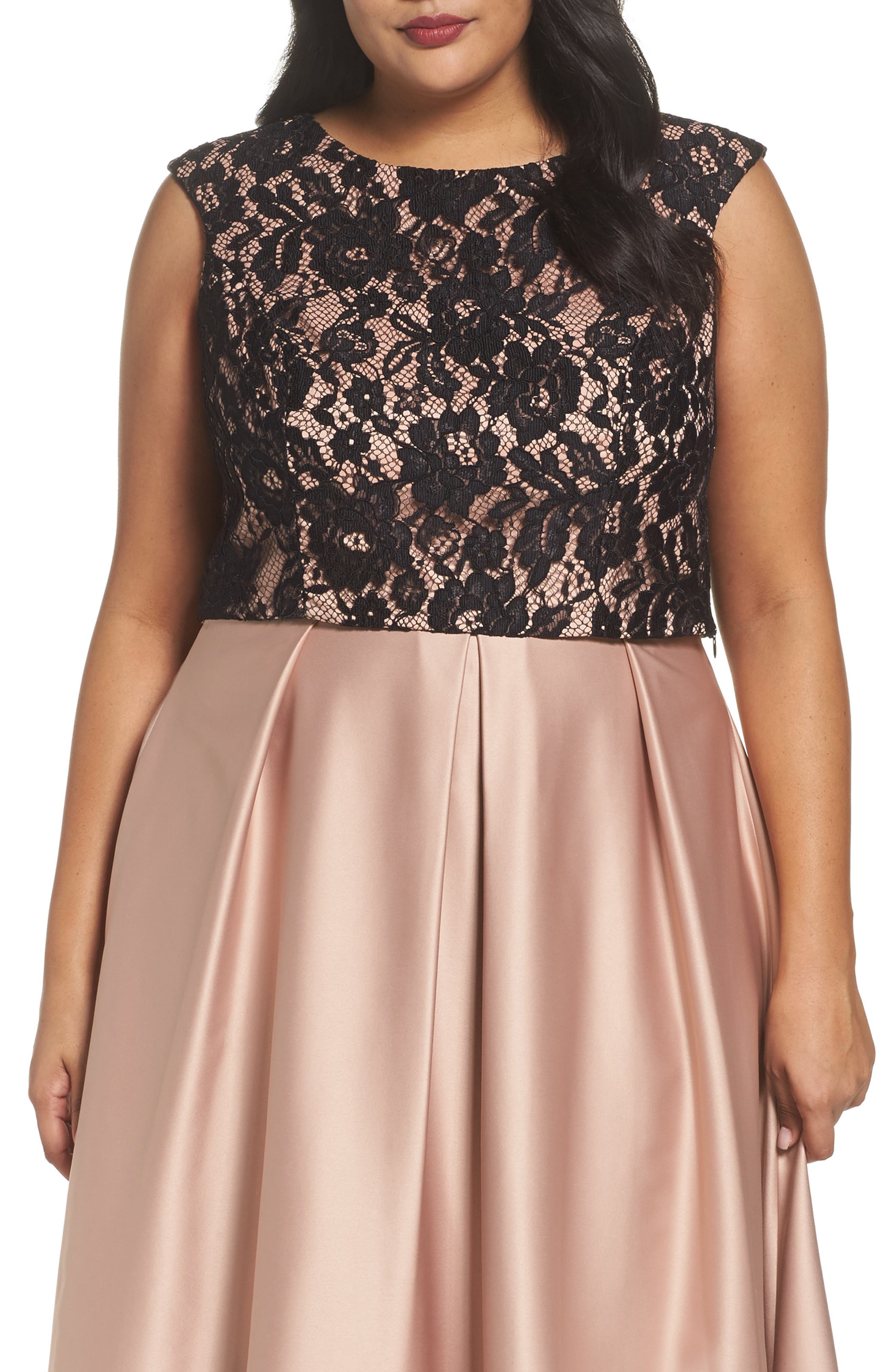 City Chic Decadent Lace Top (Plus Size)