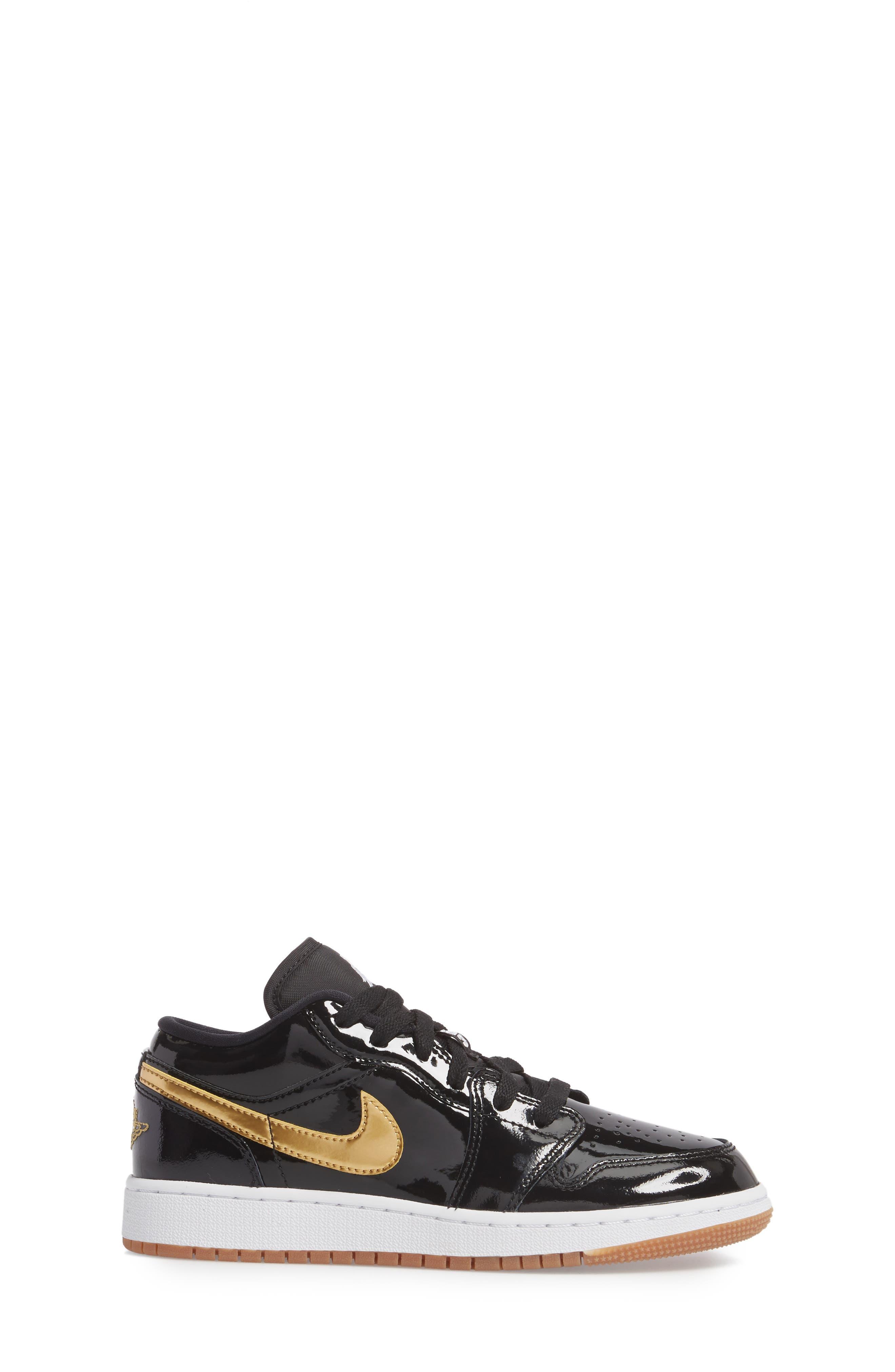 Nike 'Jordan 1 Low' Basketball Shoe,                             Alternate thumbnail 3, color,                             Black/ Metallic Gold/ White