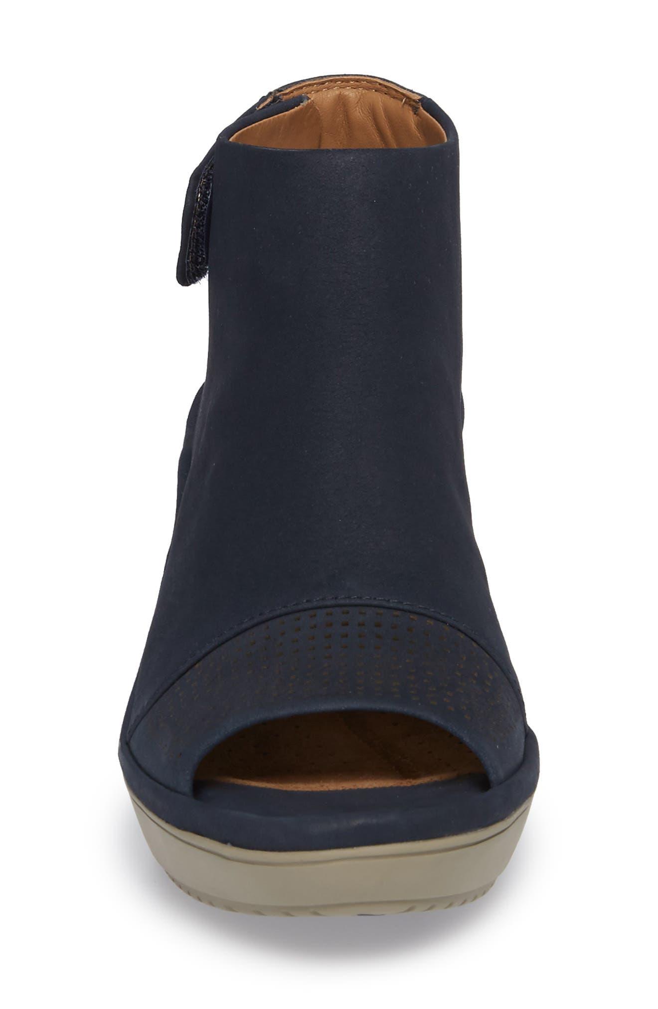 Alternate Image 4  - Clarks® Wynnmere Abie Wedge Sandal (Women)