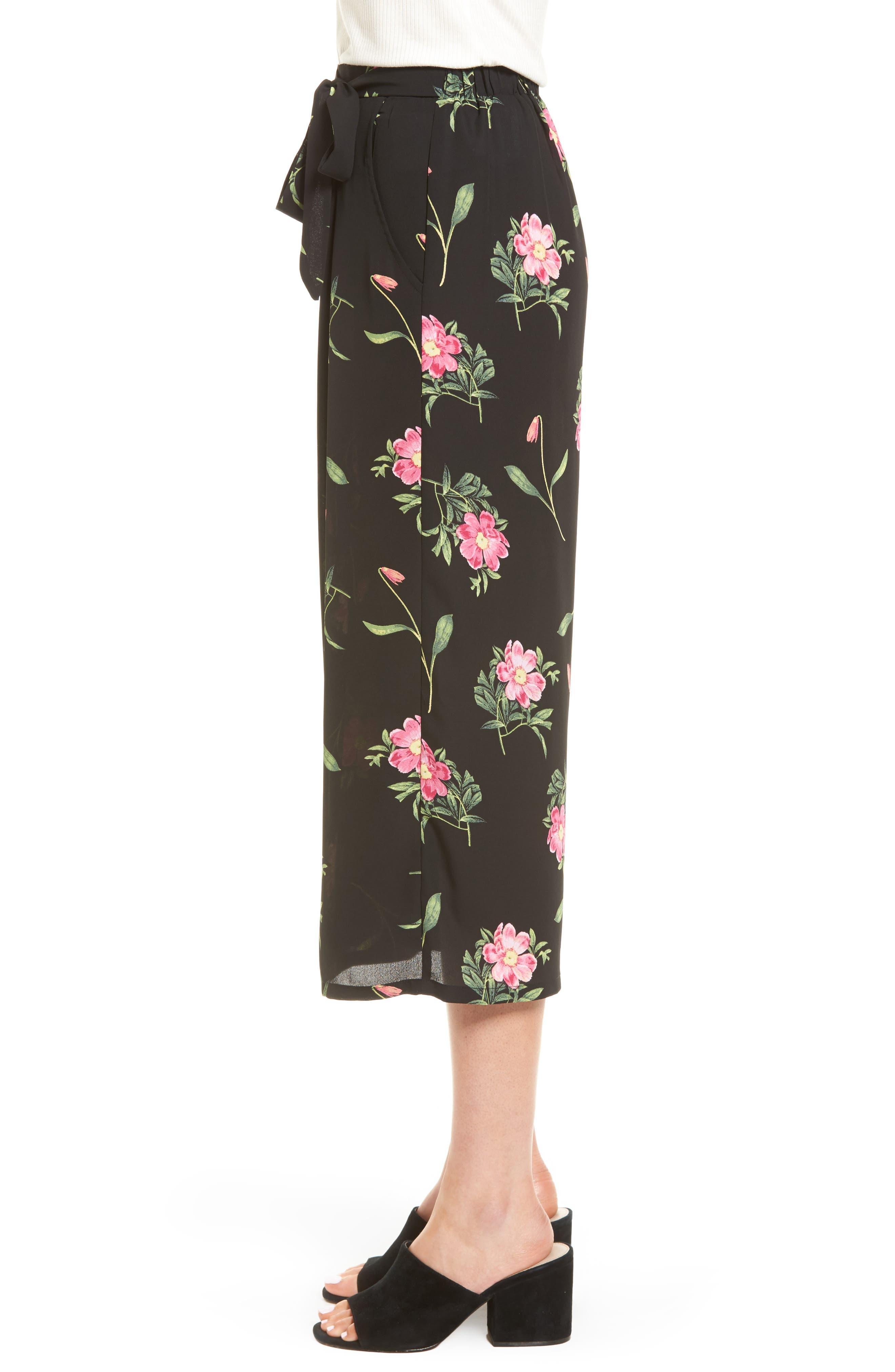 Floral Wide Leg Crop Pants,                             Alternate thumbnail 3, color,                             Black Floral