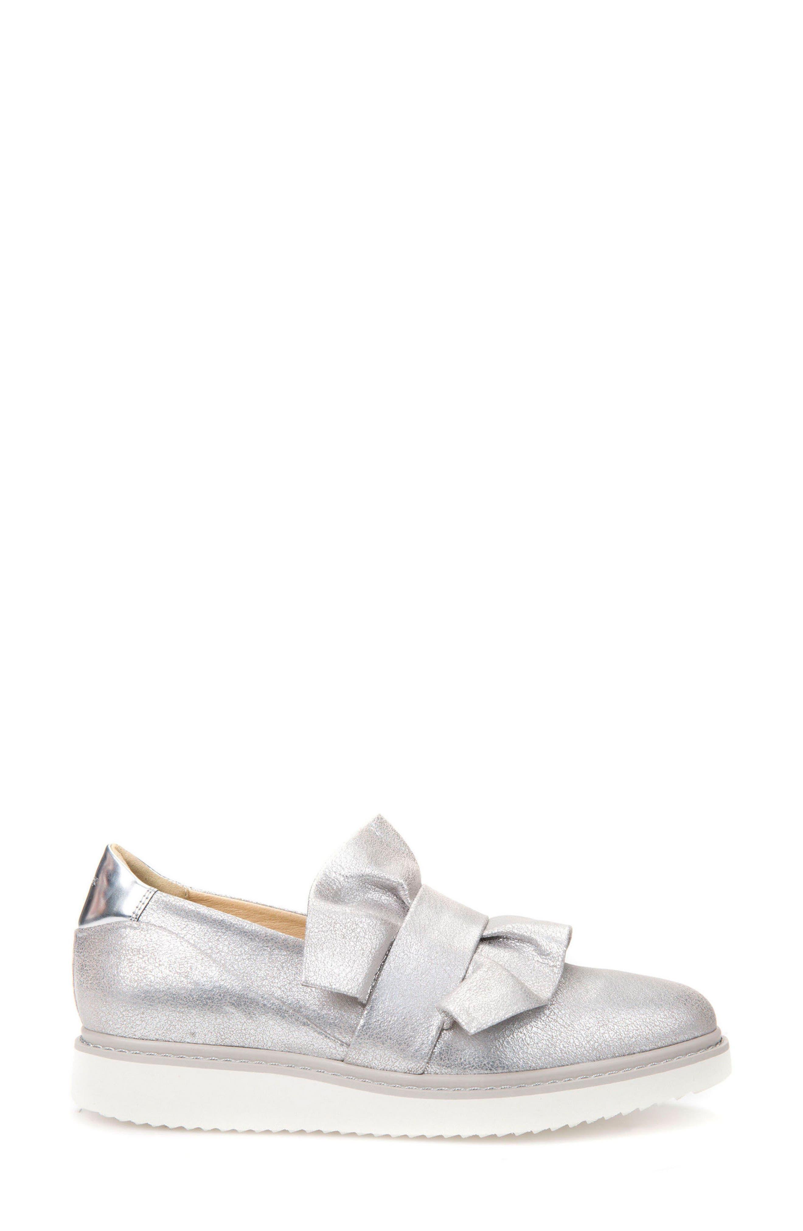 Thymar 15 Slip-On Sneaker,                             Alternate thumbnail 3, color,                             Silver Fabric