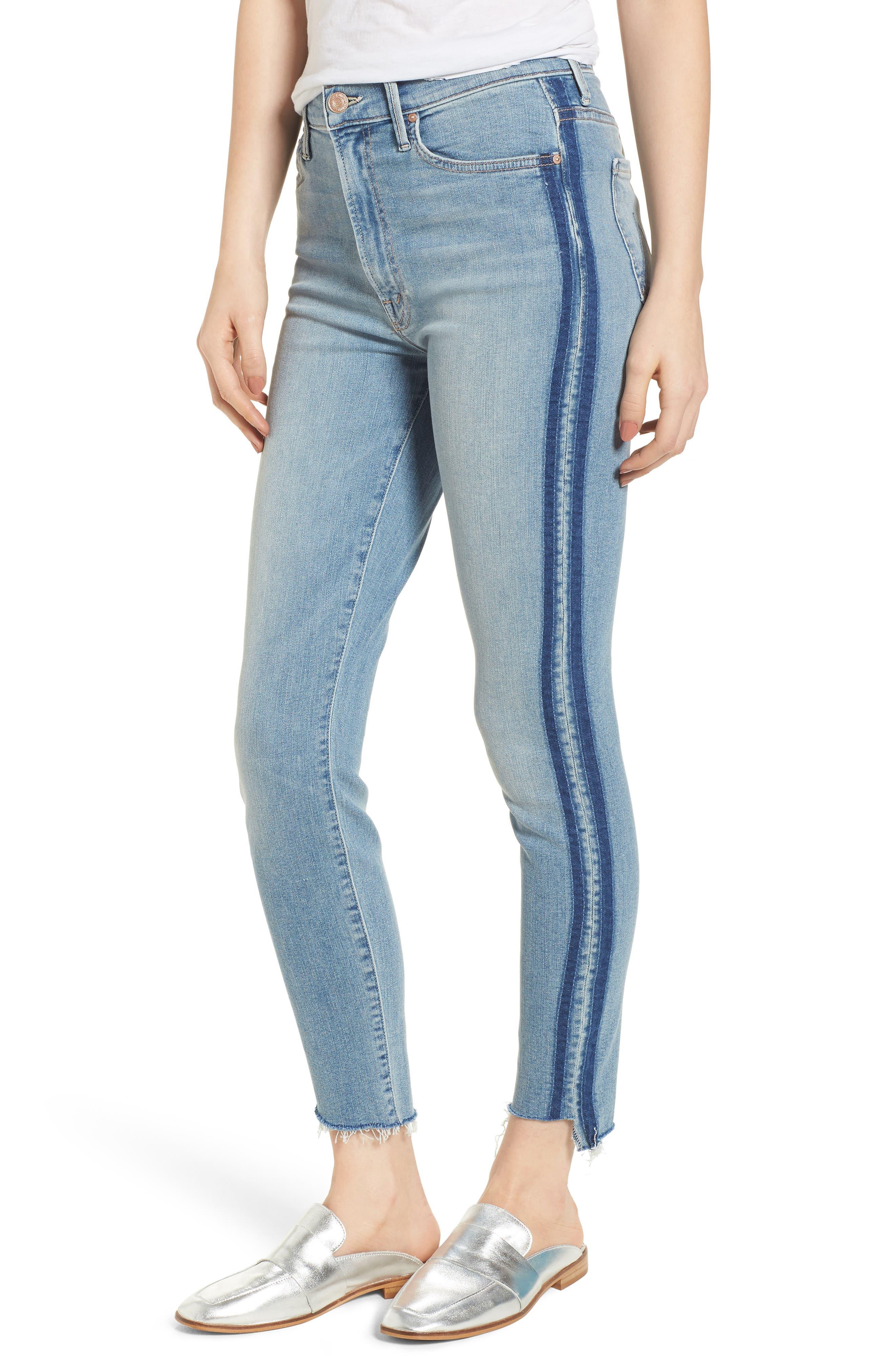 Main Image - MOTHER The Stunner Fray Step Hem Skinny Jeans (Light Kitty Racer)