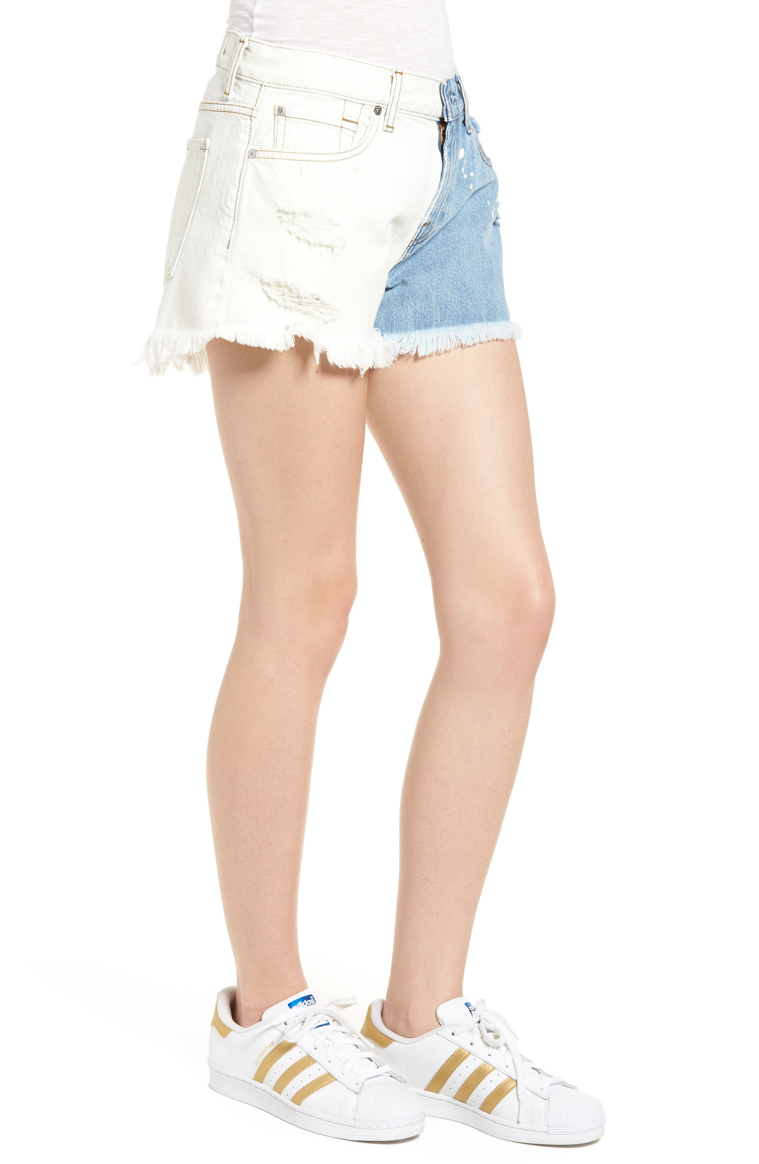 Alternate Image 3  - 7 For All Mankind® Colorblock Cutoff Denim Shorts (Cloud Sky 2)