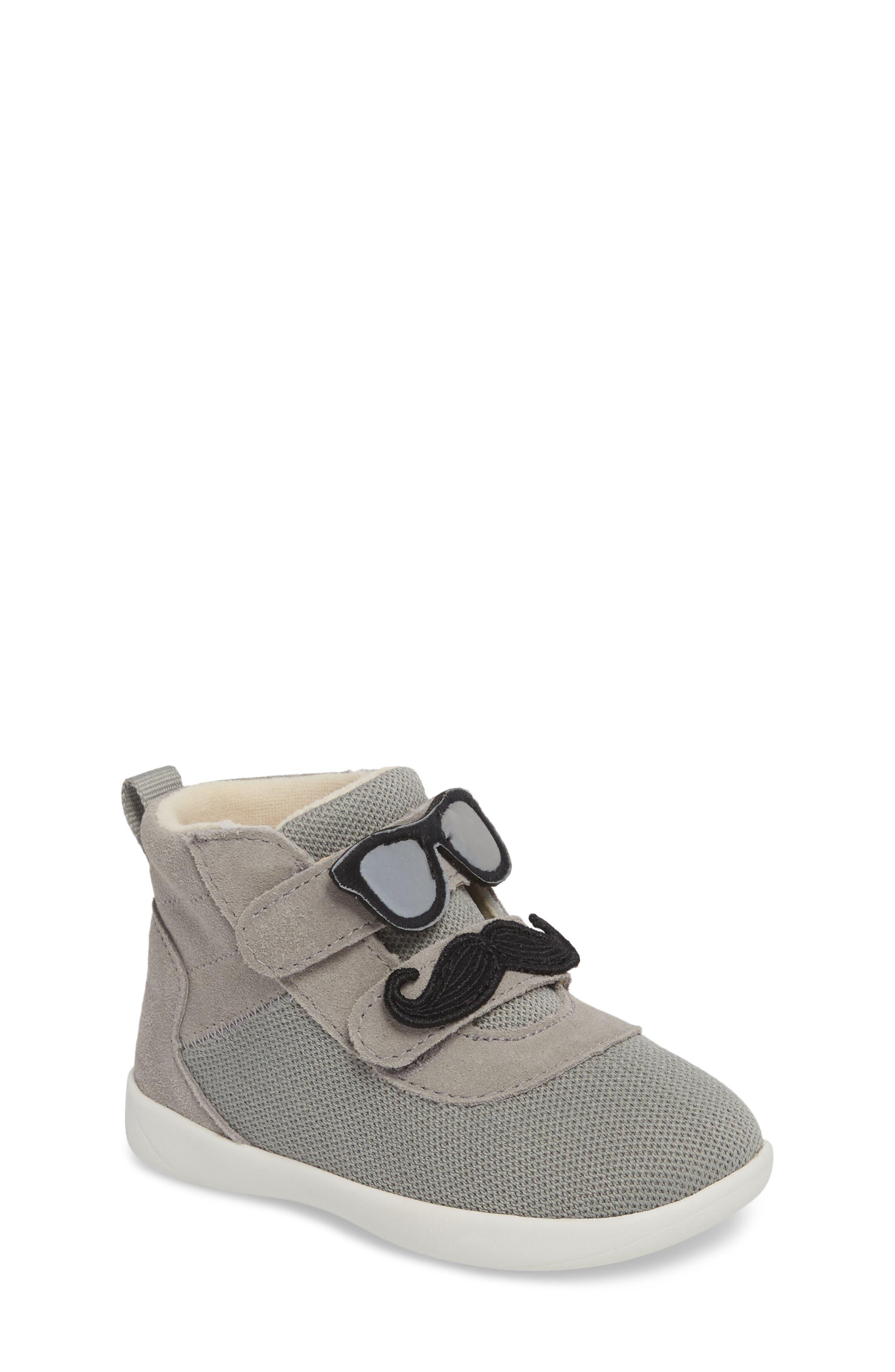 UGG® Drex Sunglasses & Mustache Appliqué Sneaker (Walker & Toddler)
