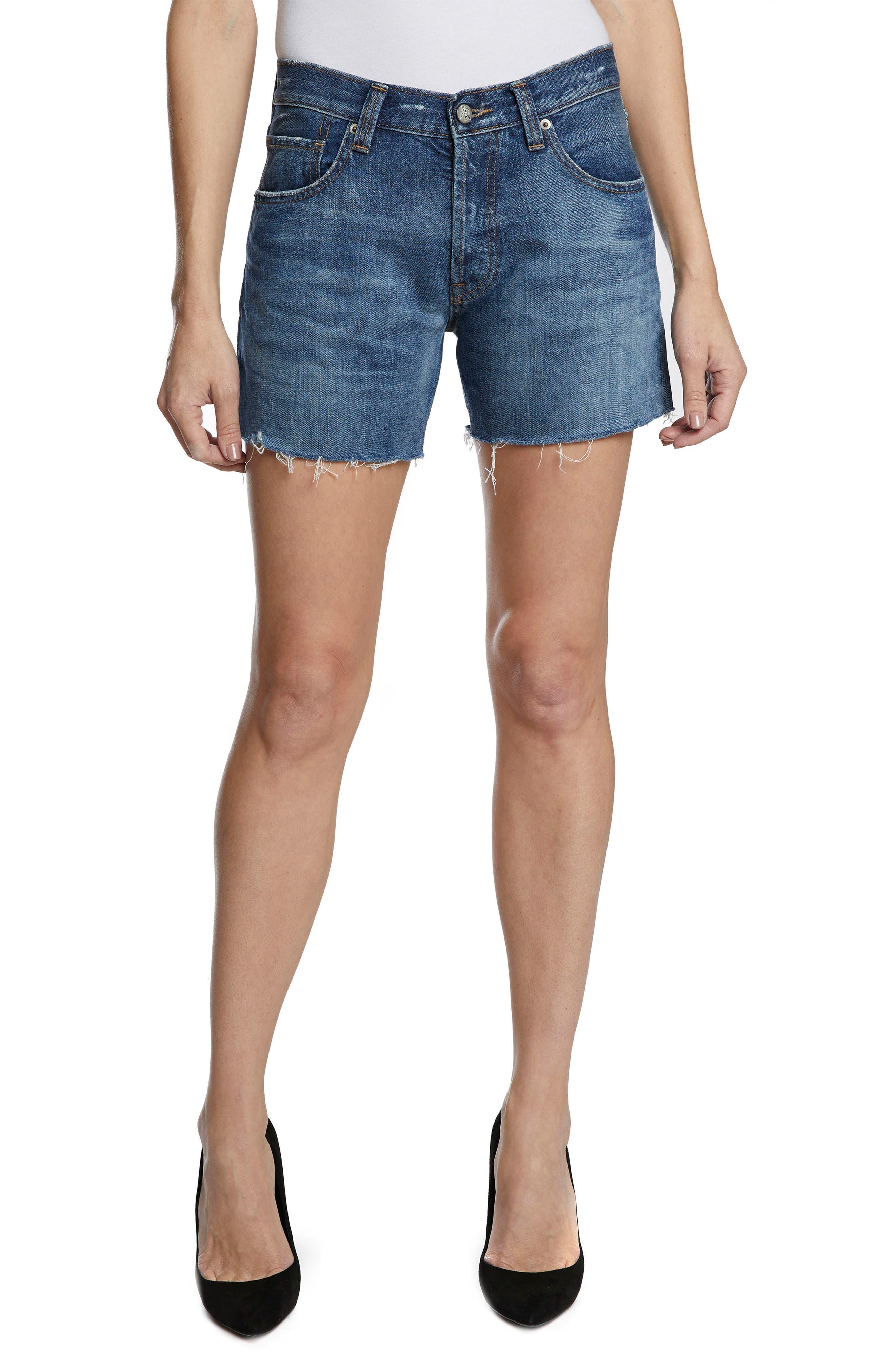 El Camino Cutoff Denim Boyfriend Shorts,                         Main,                         color, Medium Wash