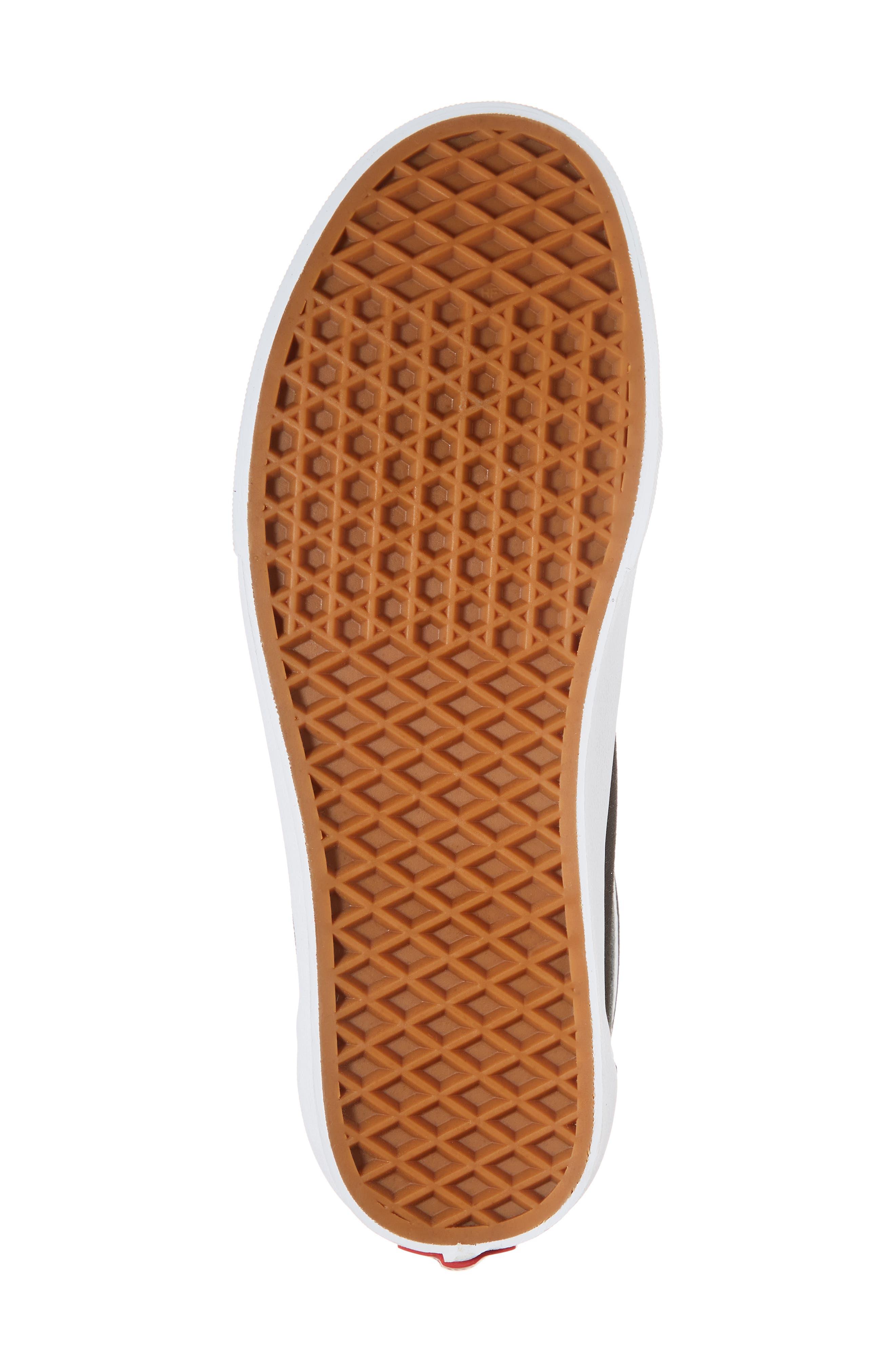Off the Wall Old Skool V Sneaker,                             Alternate thumbnail 6, color,                             Black/ True White