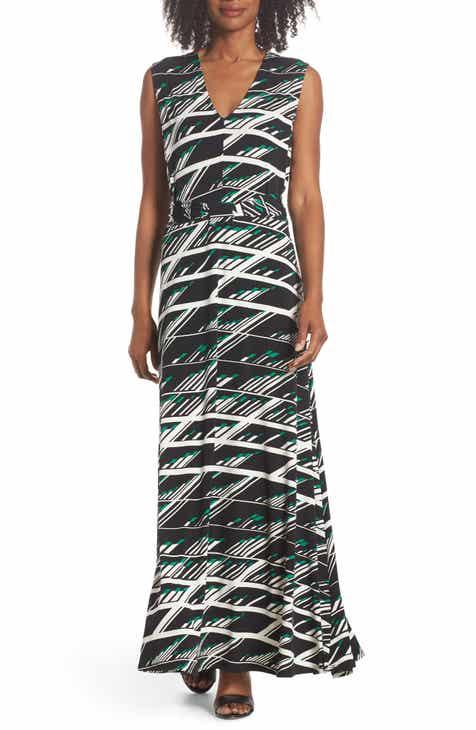 Leota Nicole Print V-Neck Maxi Dress