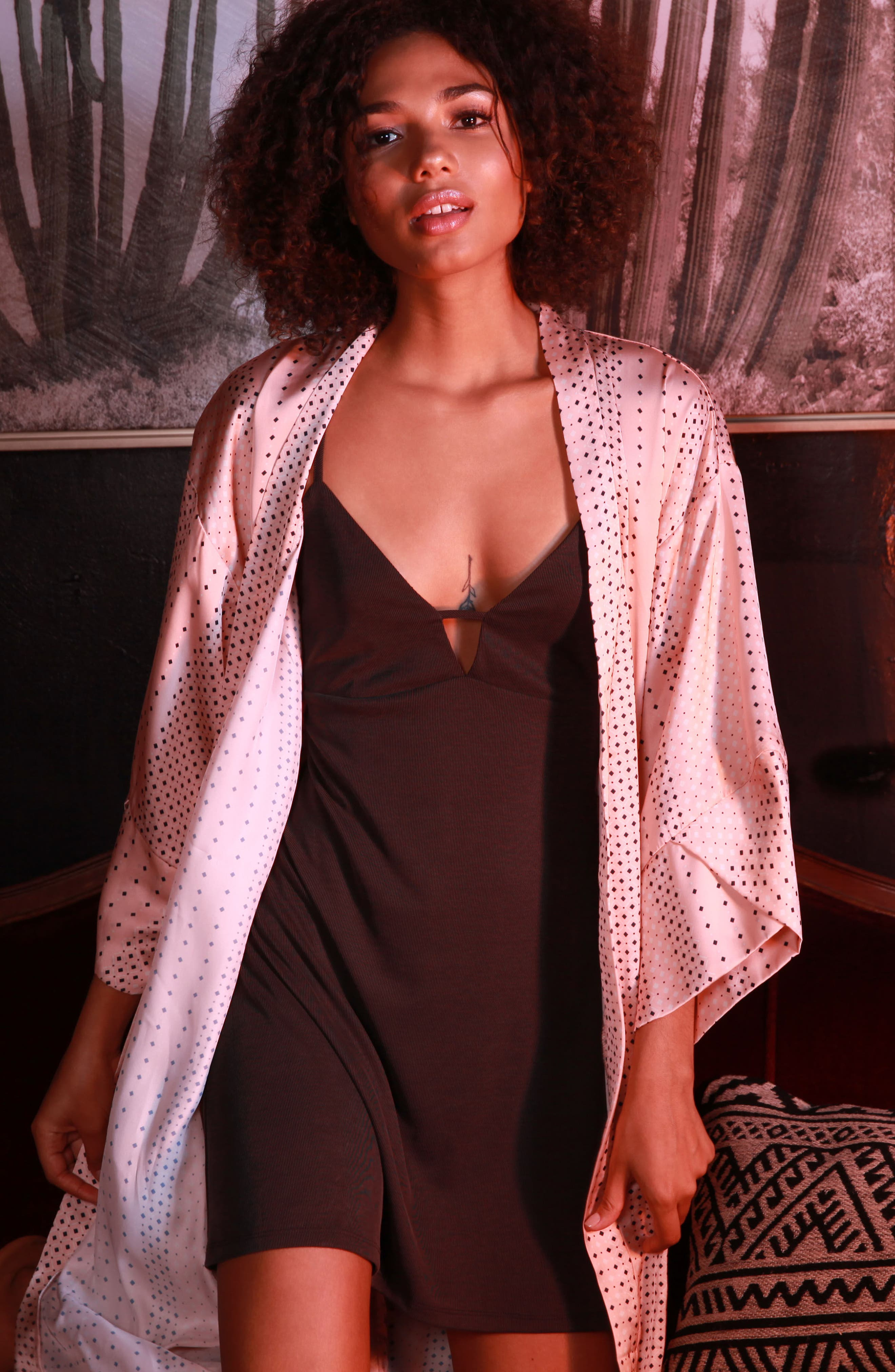 Kimono Robe,                             Alternate thumbnail 5, color,                             Coral Geo