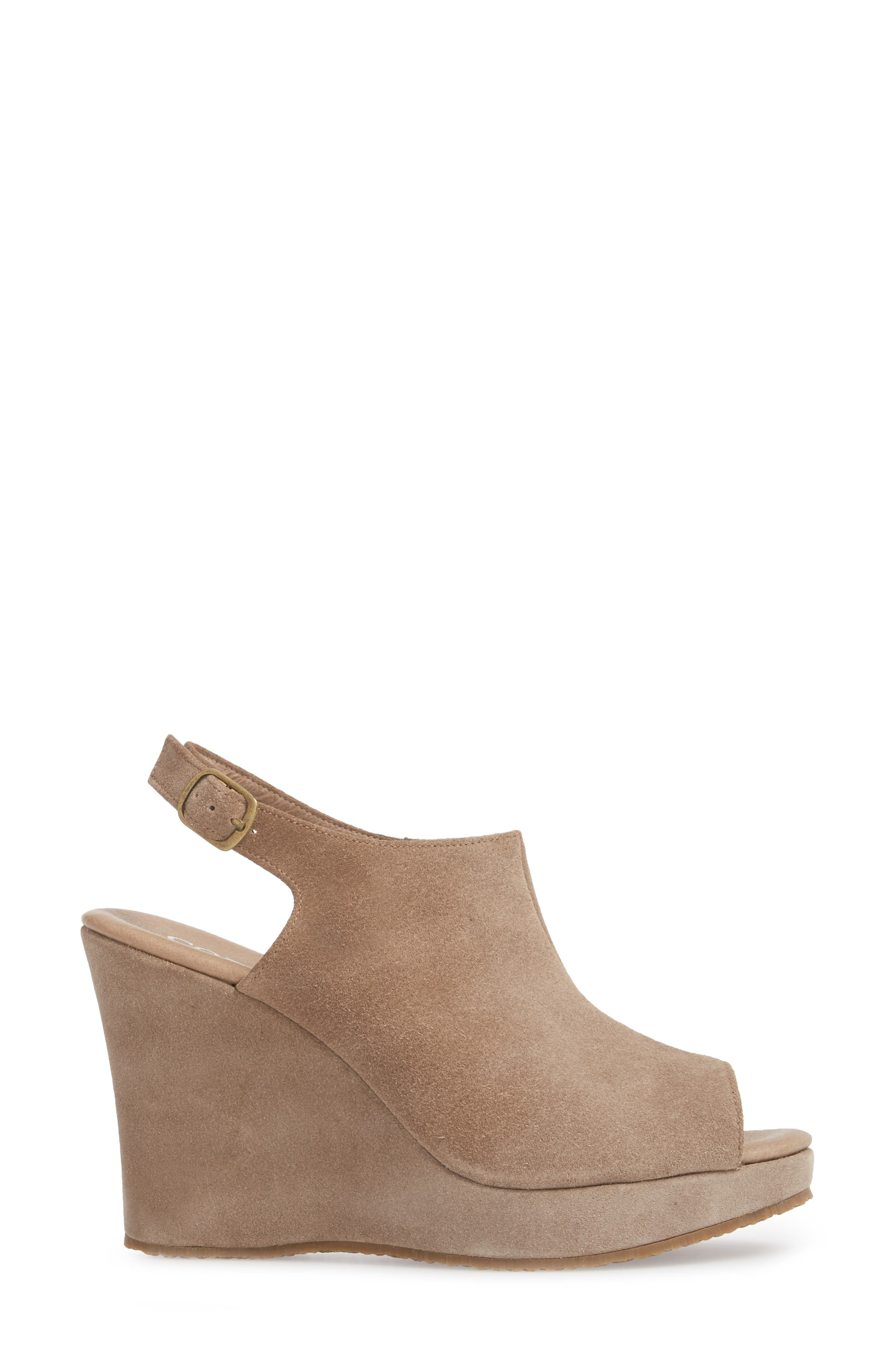 'Wellesley' Sandal,                             Alternate thumbnail 3, color,                             Taupe Suede