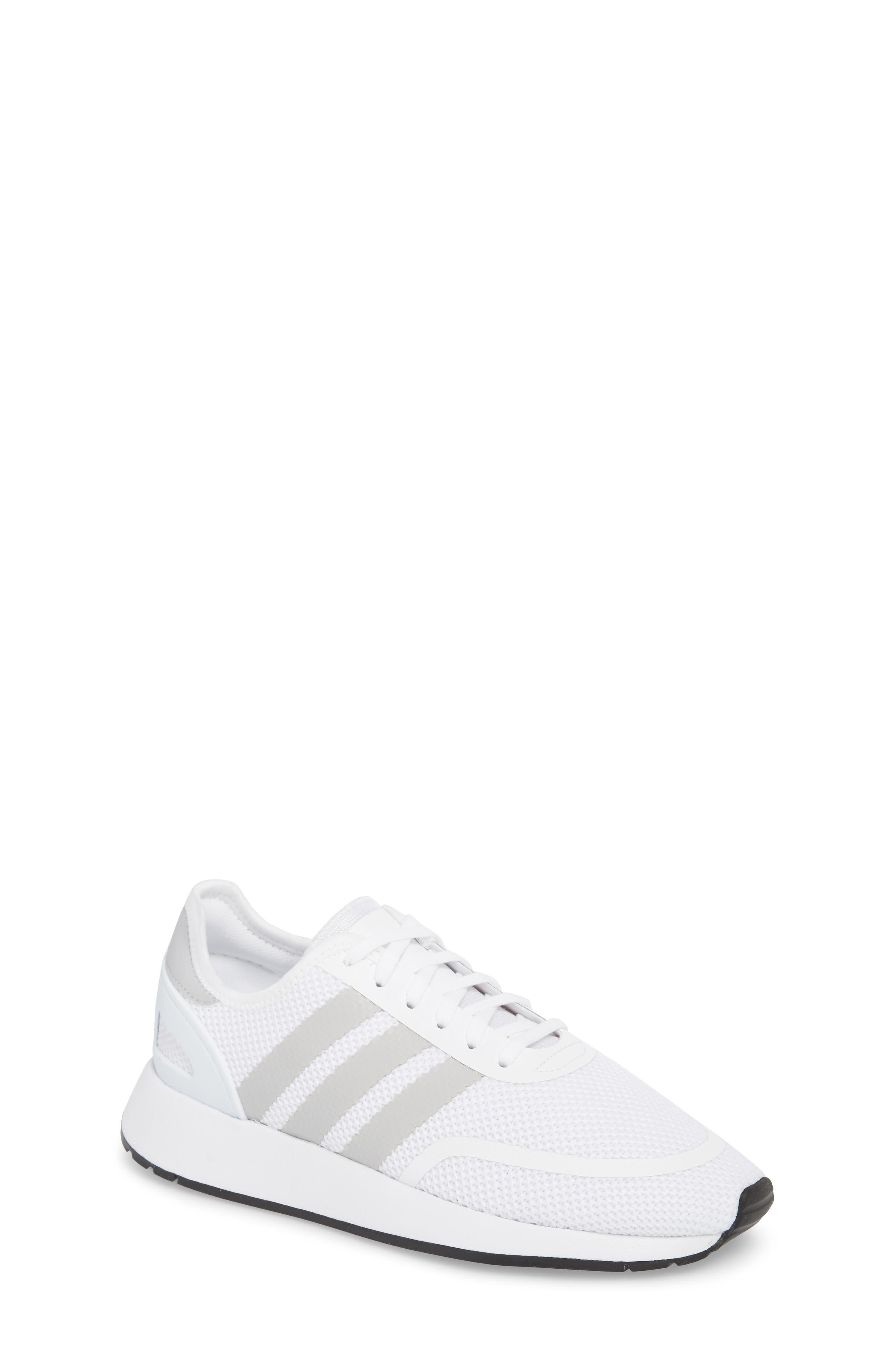 grandi scarpe adidas (dimensioni 7) nordstrom