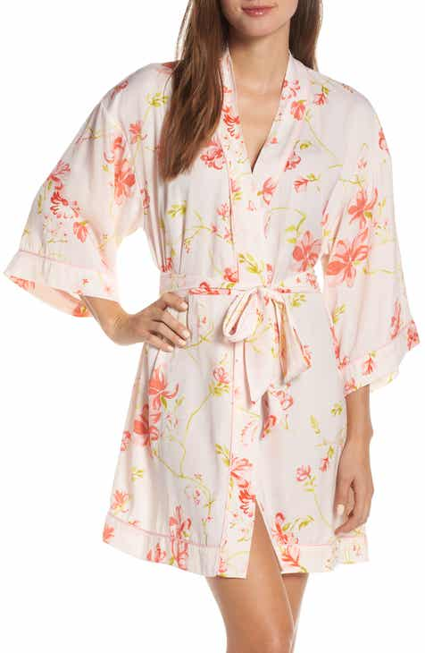 0f1177d91ef Nordstrom Lingerie Sweet Dreams Short Satin Robe