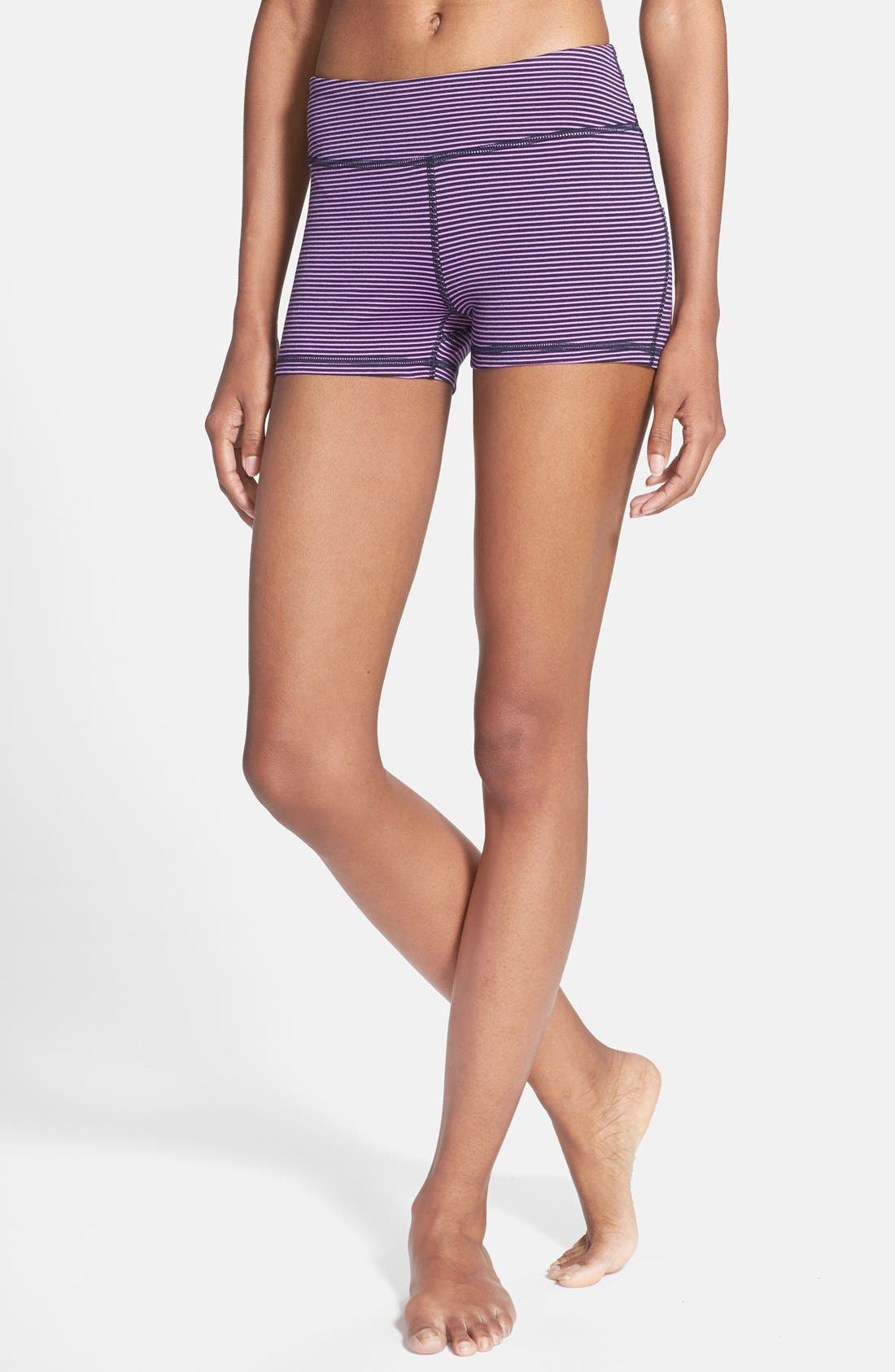 Alternate Image 1 Selected - Zella 'Haute' Compression Shorts