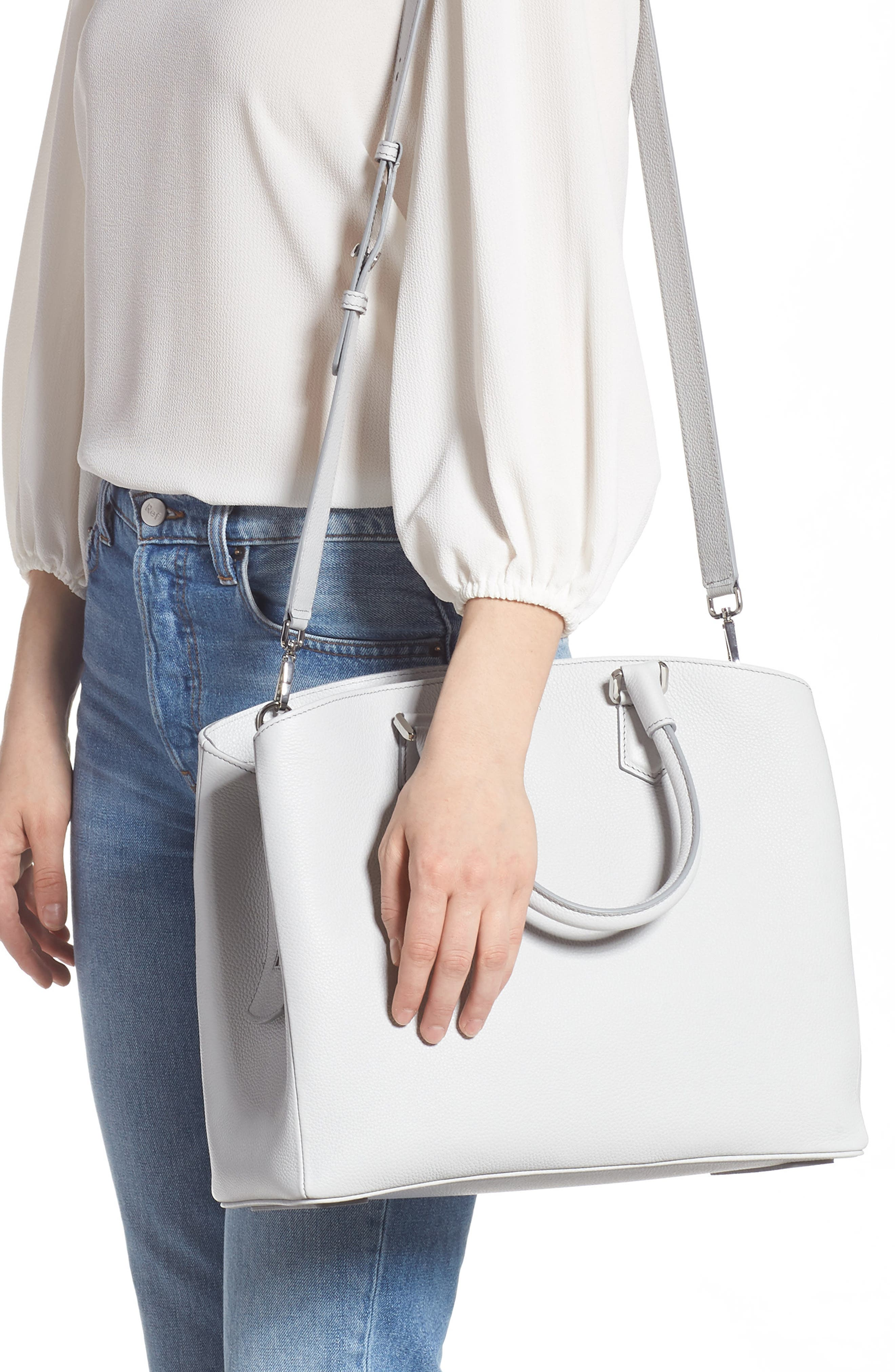 016d62ec1015 Women s Designer Handbags   Wallets