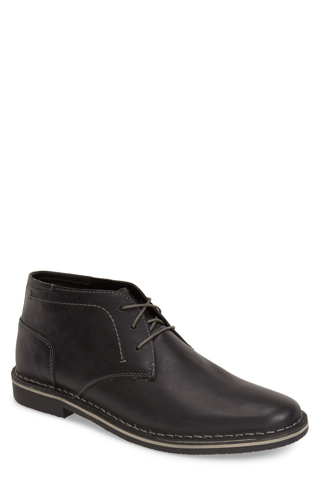 Alternate Image 1 Selected - Steve Madden 'Harken' Leather Chukka Boot (Men)