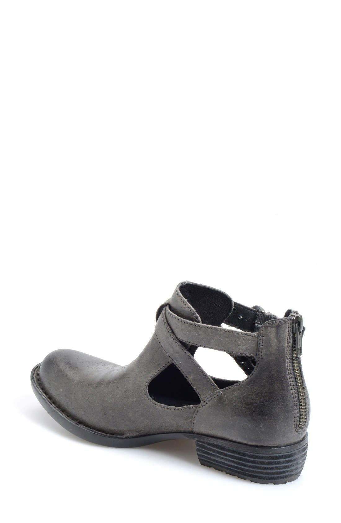 Alternate Image 2  - Børn 'Kamilla' Cutout Ankle Boot (Women)