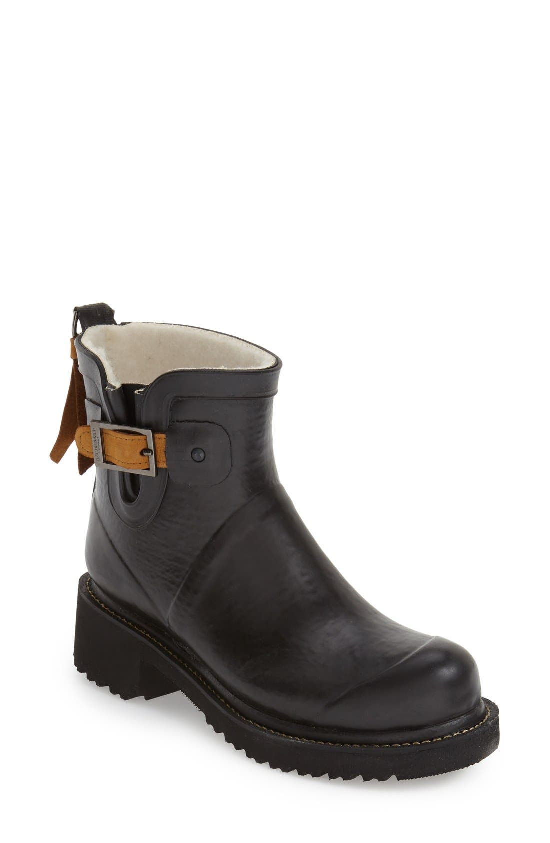 ILSE JACOBSEN Short Waterproof Rubber Boot in Black