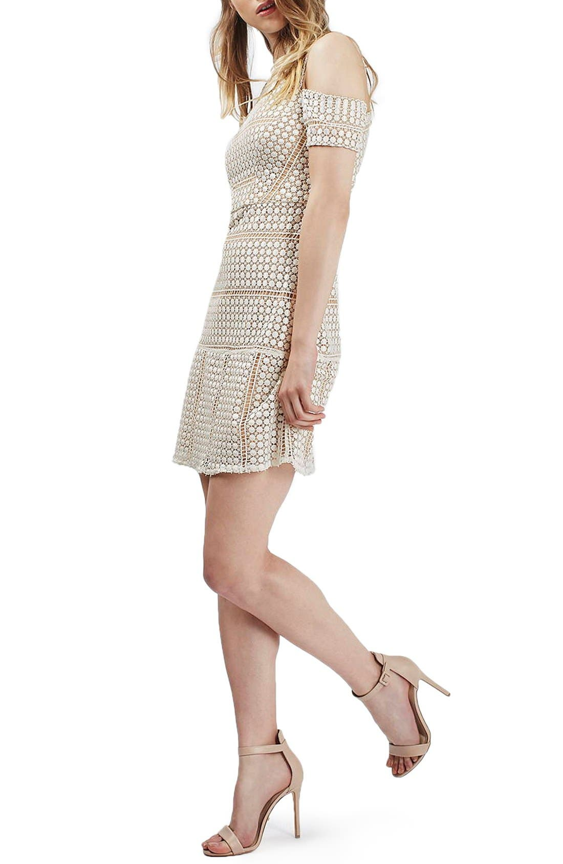 Main Image - Topshop Circle Lace Cold Shoulder Dress (Regular & Petite)