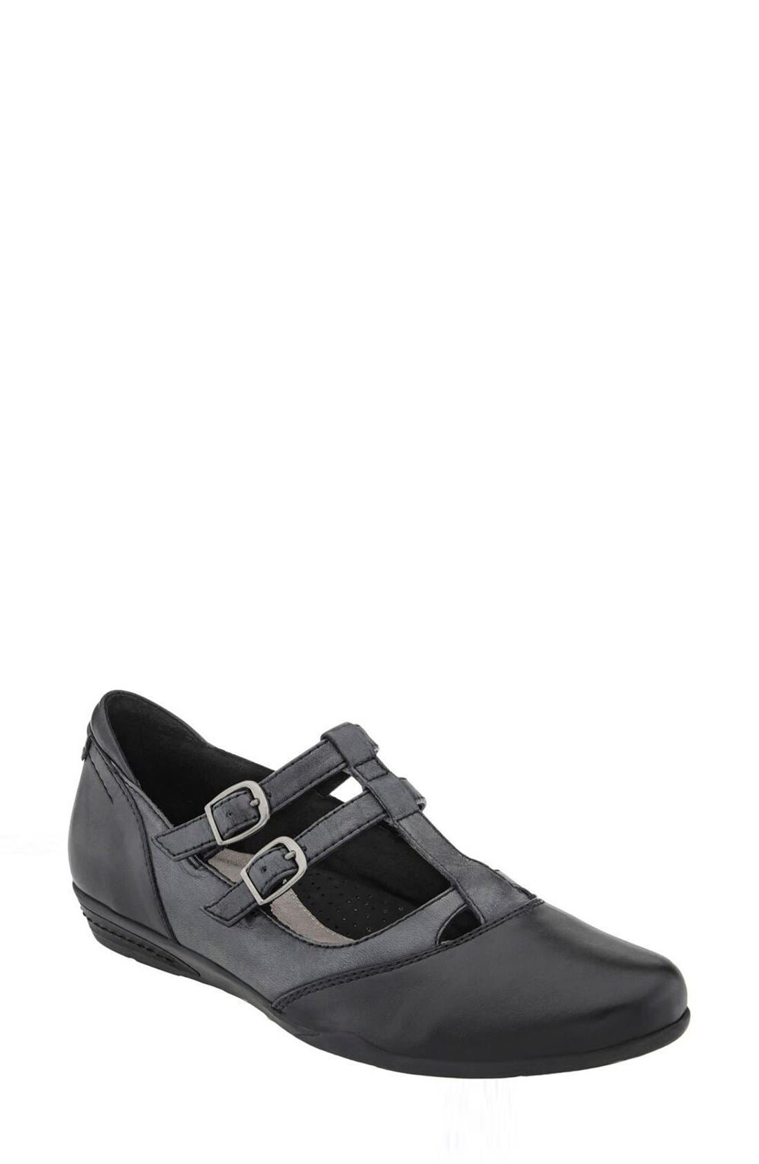 Earth® 'Gemma' T-Strap Flat (Women)