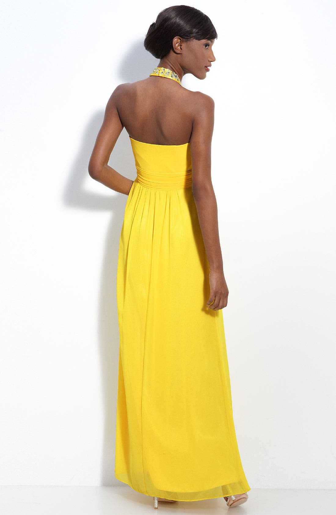 Alternate Image 2  - Laundry by Shelli Segal Beaded Chiffon Halter Gown