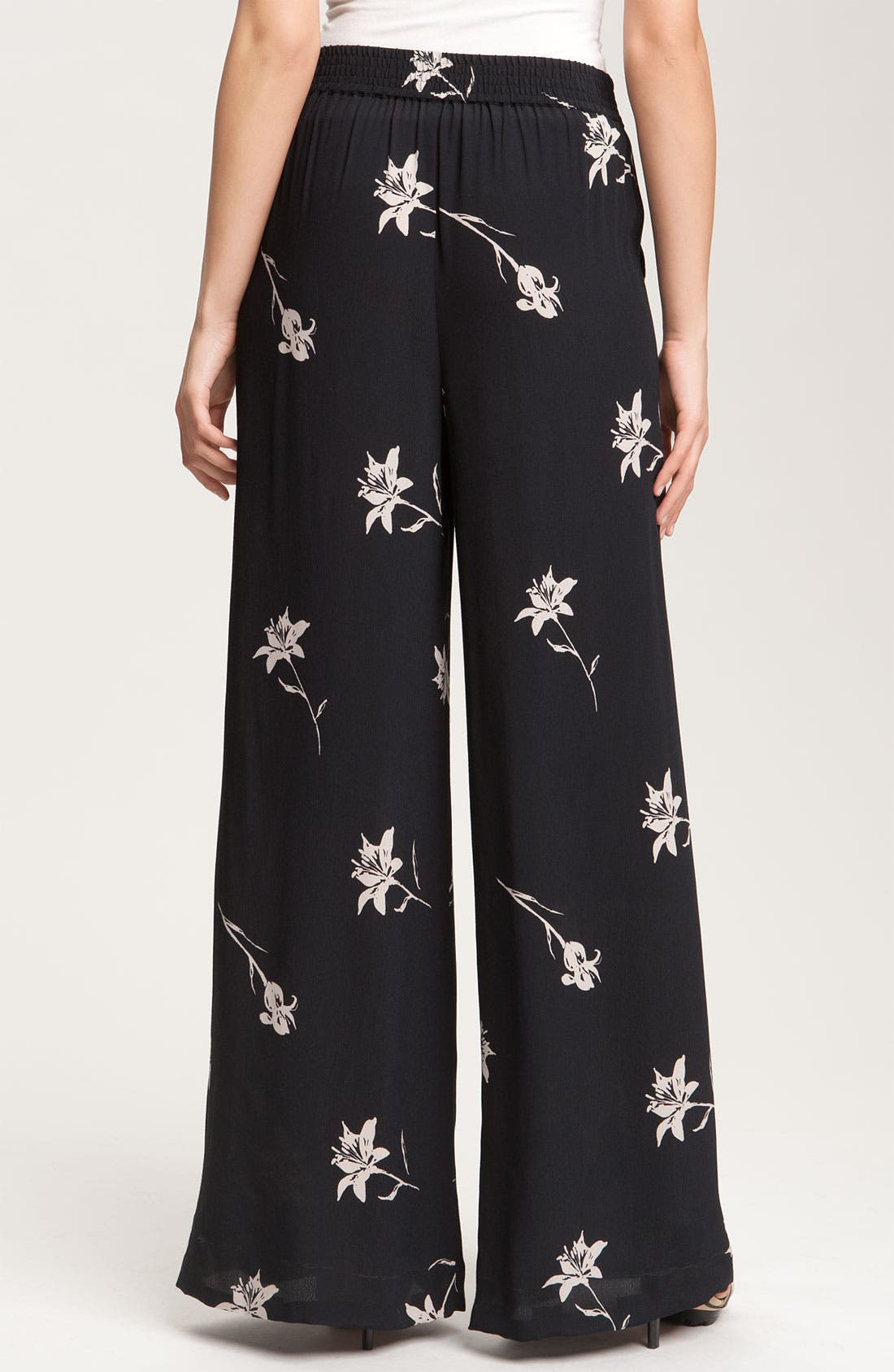 Alternate Image 2  - Halogen® Pull On Palazzo Pants