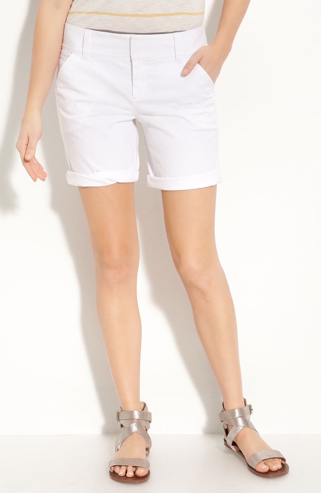 Alternate Image 1 Selected - Caslon® Stretch Twill Shorts (Petite)