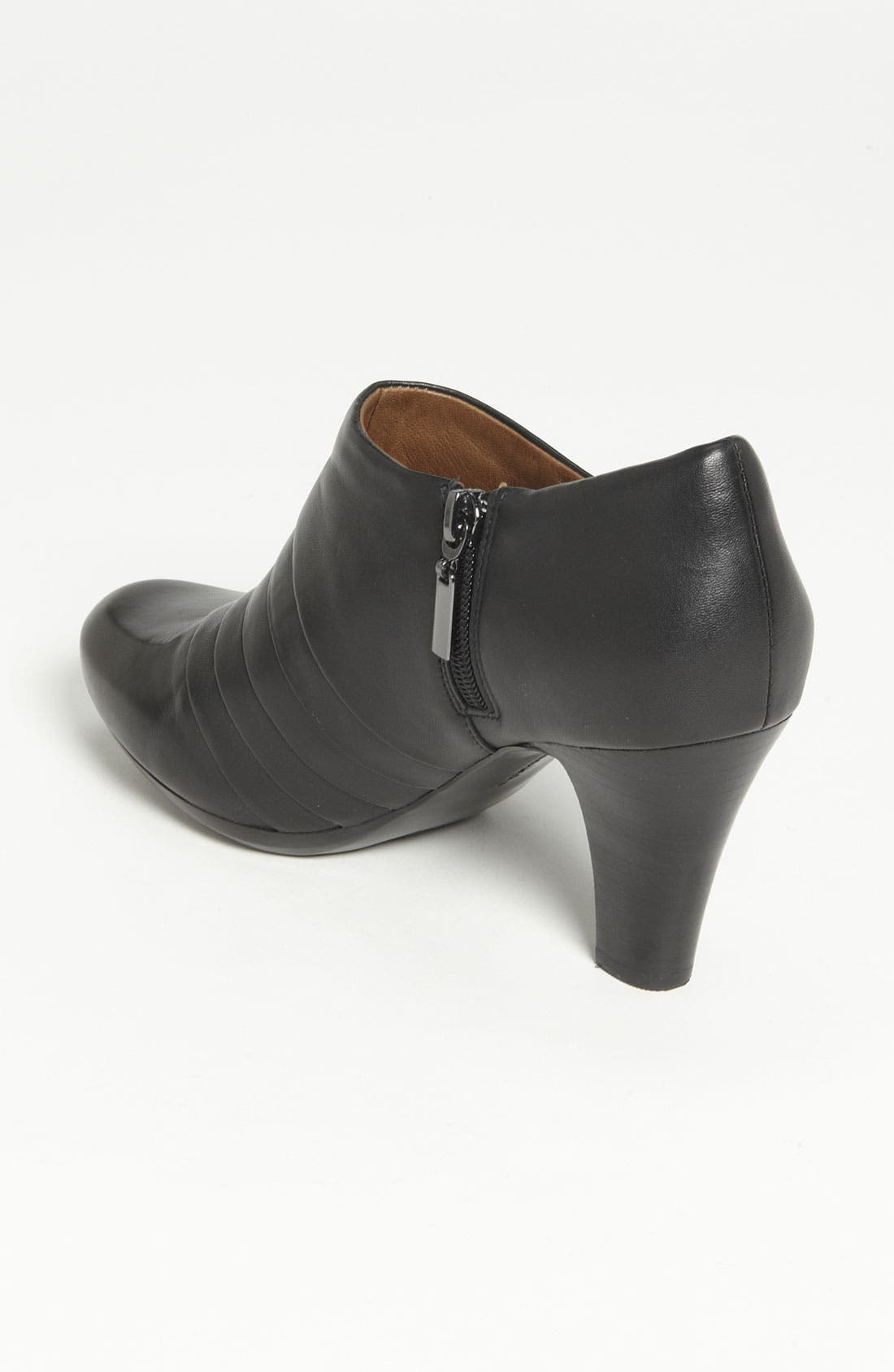 Alternate Image 2  - Clarks® 'Society Gown' Boot