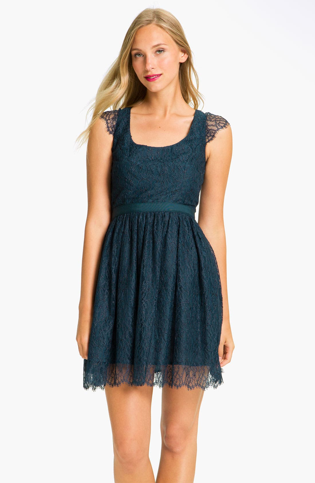 Alternate Image 1 Selected - Shoshanna 'Risa' Cap Sleeve Chantilly Lace Dress