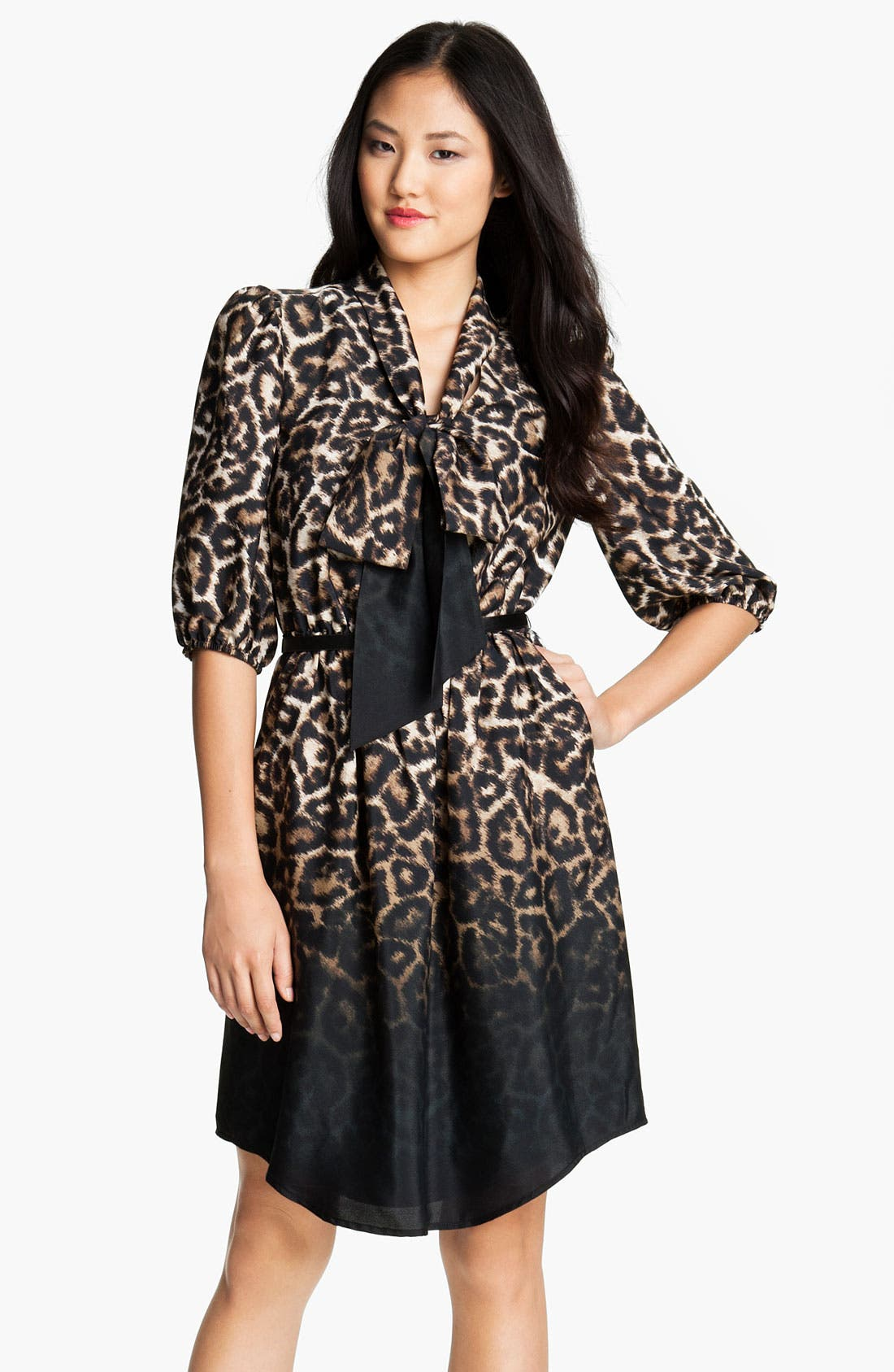 Alternate Image 1 Selected - Vince Camuto Leopard Print Tie Front Shirt Dress