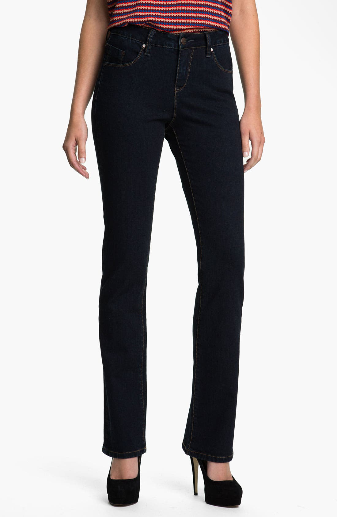 Alternate Image 1 Selected - Jag Jeans 'Foster' Narrow Bootcut Jeans