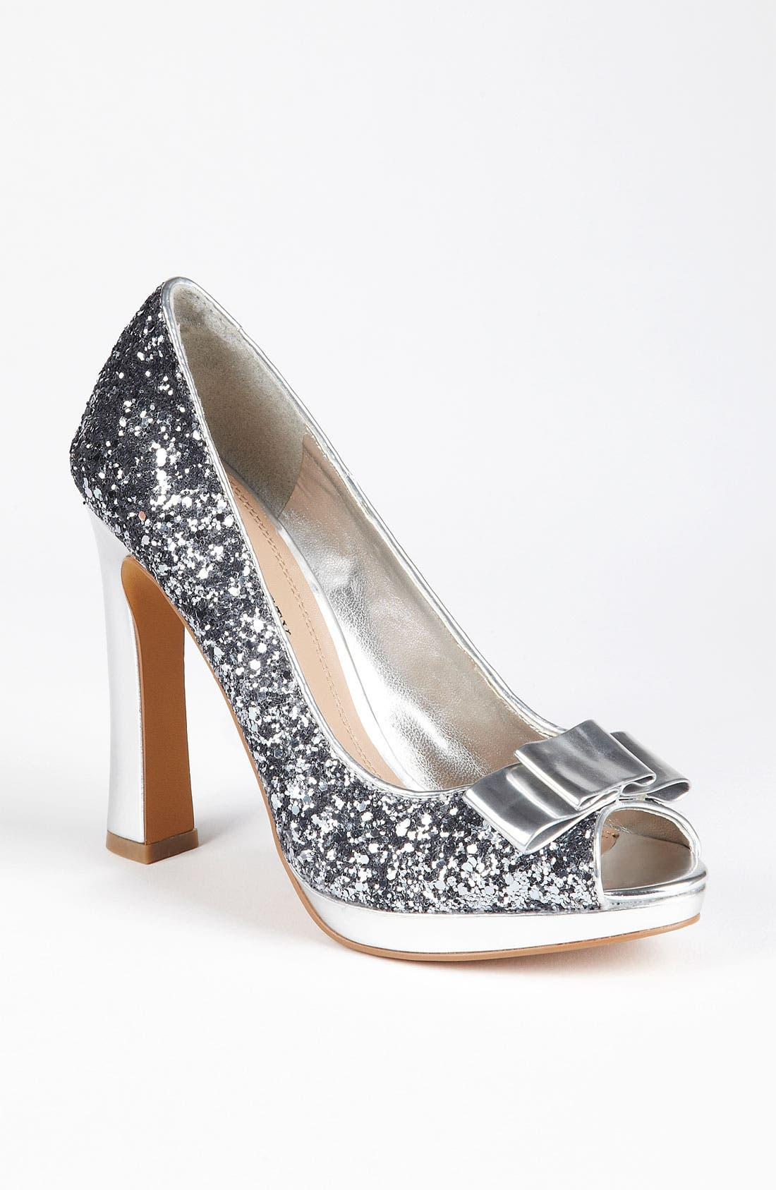 Alternate Image 1 Selected - Sole Society 'Stella' Pump