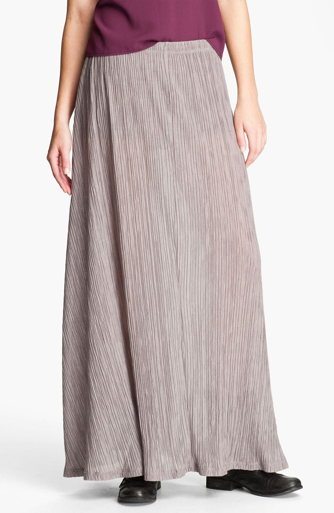 Main Image - Lily White Crinkle Pleat Maxi Skirt (Juniors)