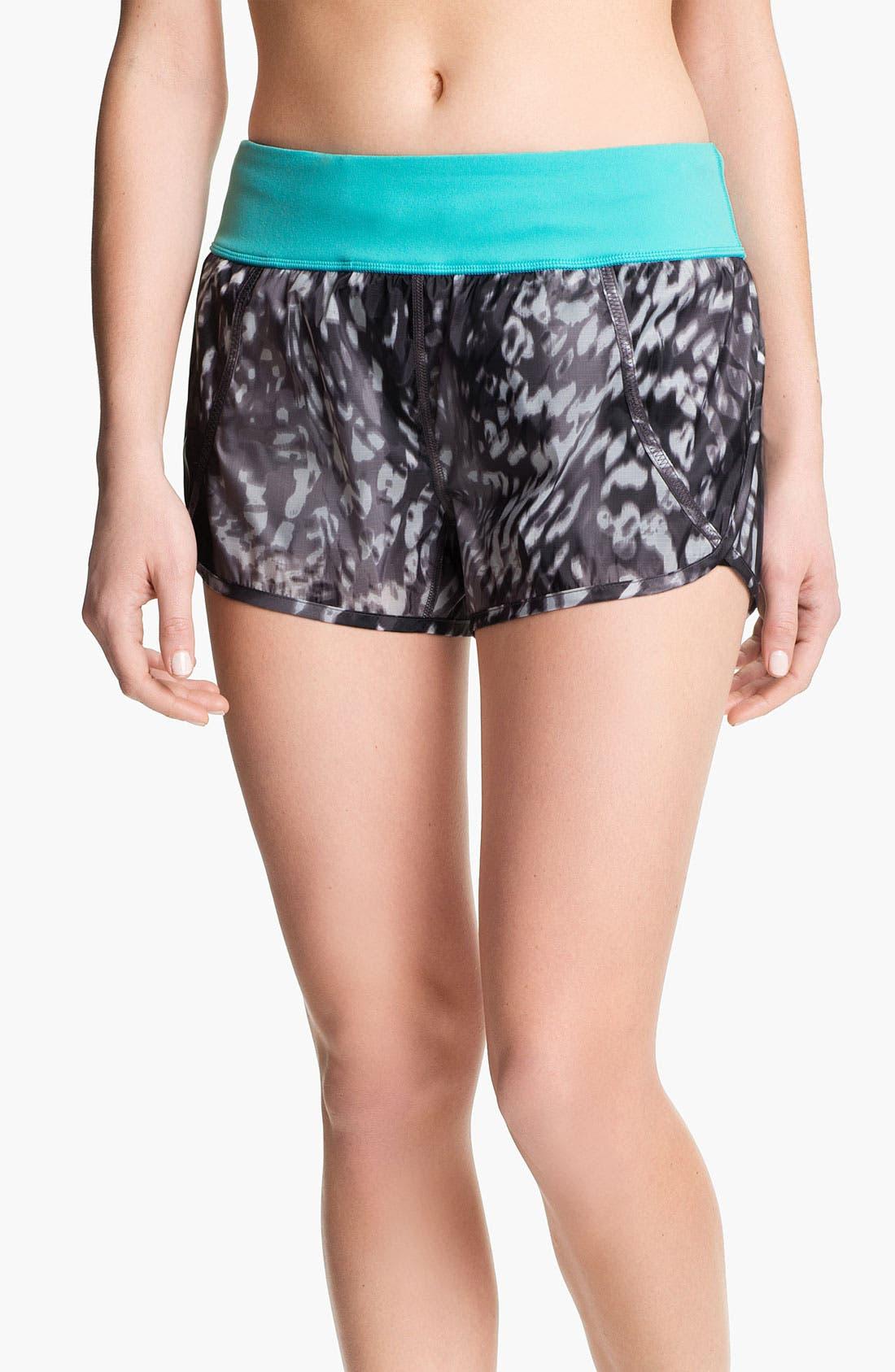 Alternate Image 1 Selected - Zella 'Sprint' Print Running Shorts
