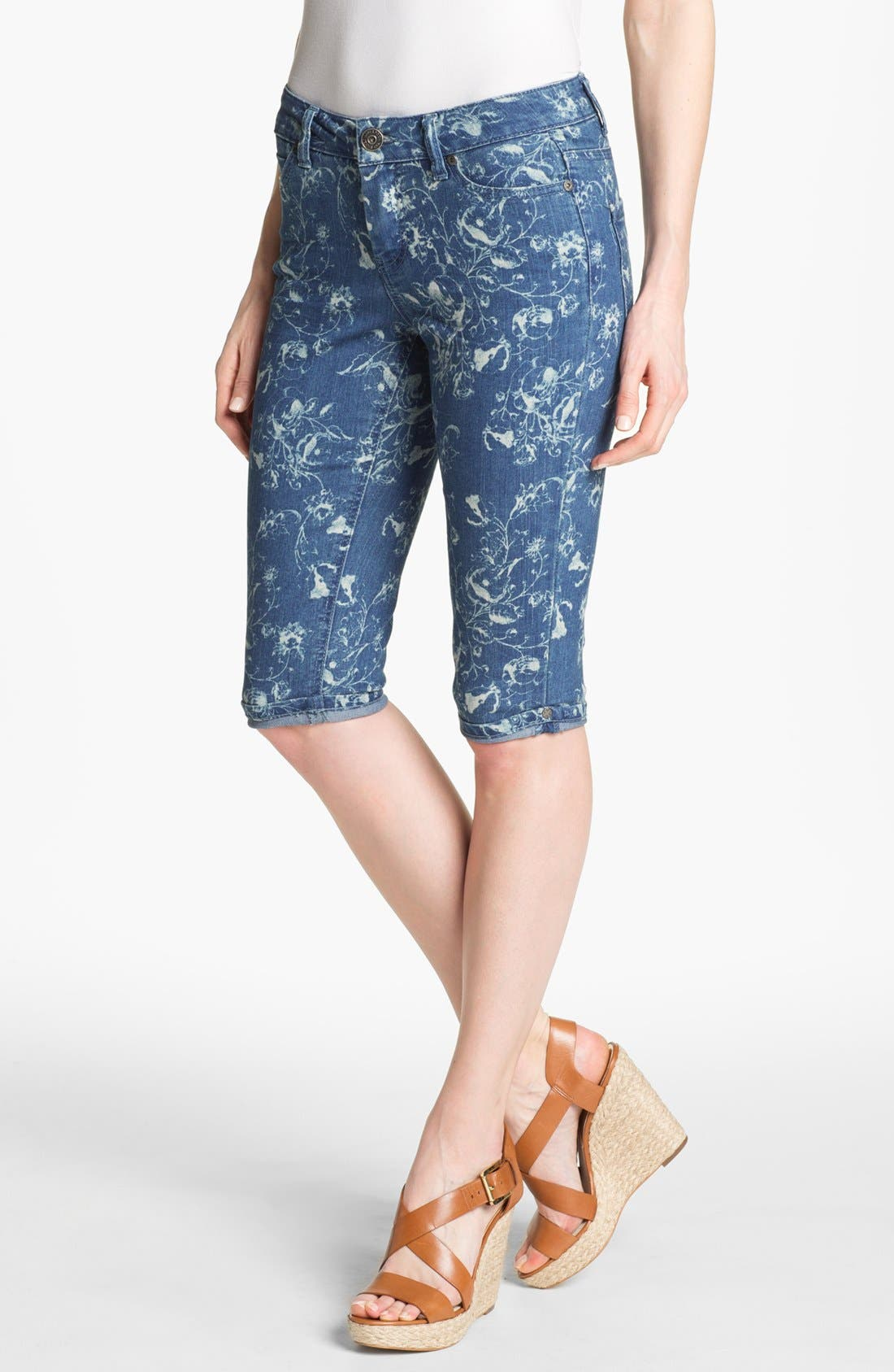Alternate Image 1 Selected - Liverpool Jeans Company 'Julia' Short Capri Stretch Jeans