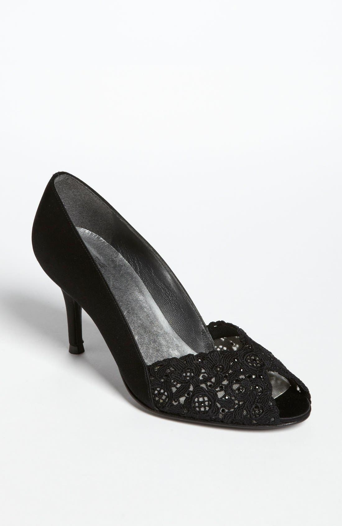 Alternate Image 1 Selected - Stuart Weitzman 'Chantelle' Pump