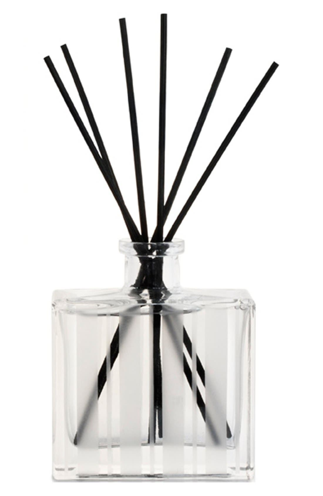 Alternate Image 2  - NEST Fragrances Grapefruit Reed Diffuser