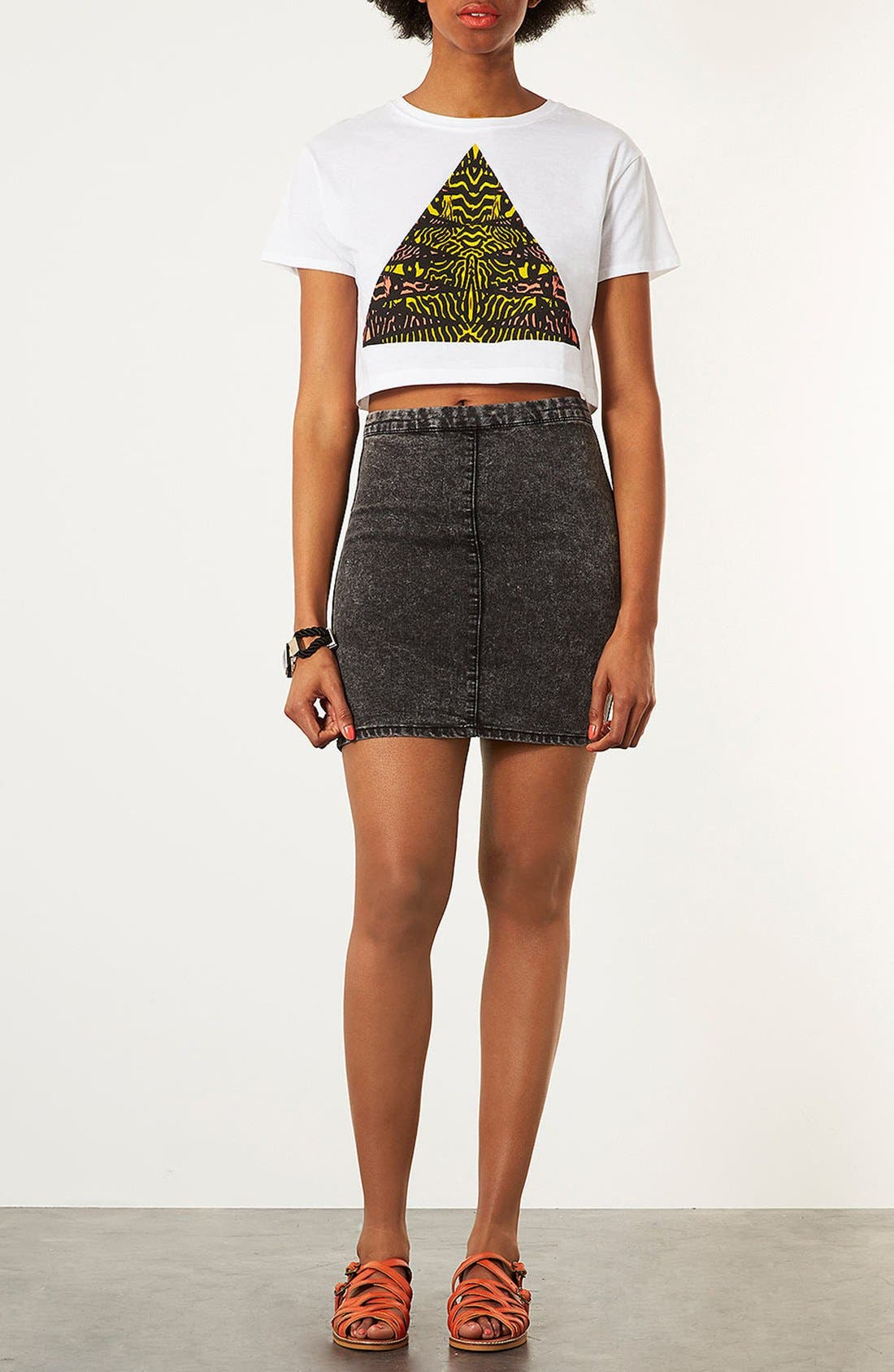 Alternate Image 4  - Topshop 'Tribal Triangle' Crop Tee