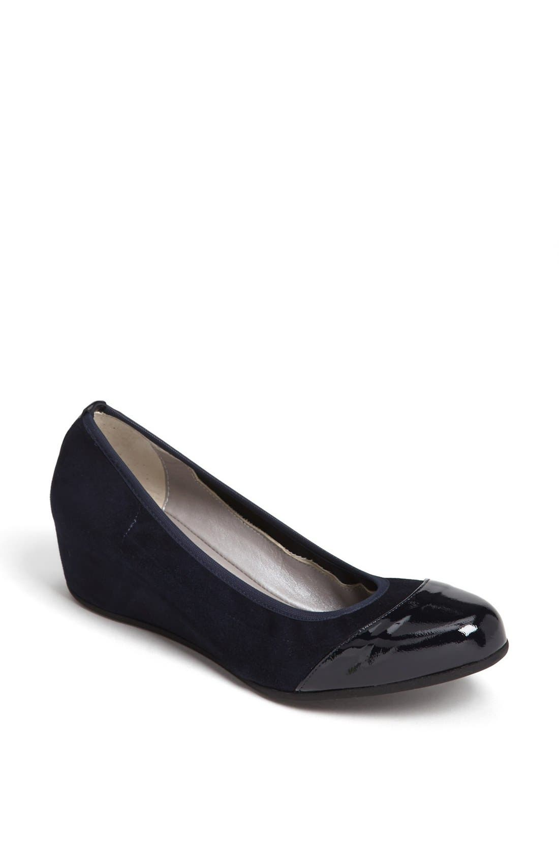 by Marvin K. 'Urla' Pump,                             Main thumbnail 1, color,                             Navy