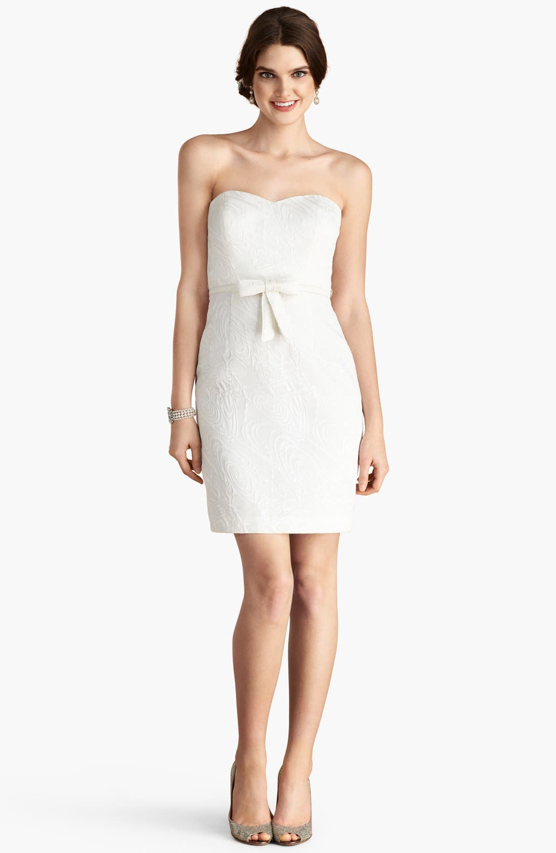Main Image - Donna Morgan 'Brooke' Strapless Jacquard Sheath Dress