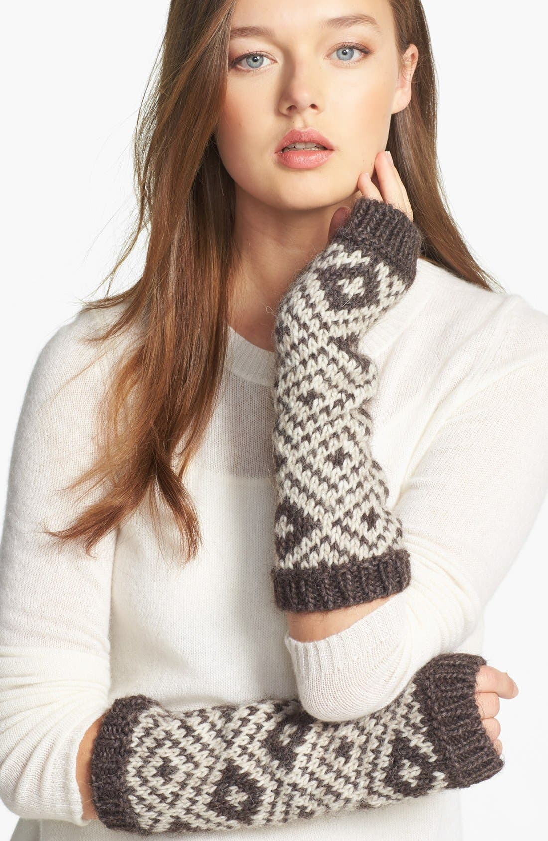 Alternate Image 1 Selected - Tarnish 'Peruvian' Fingerless Gloves