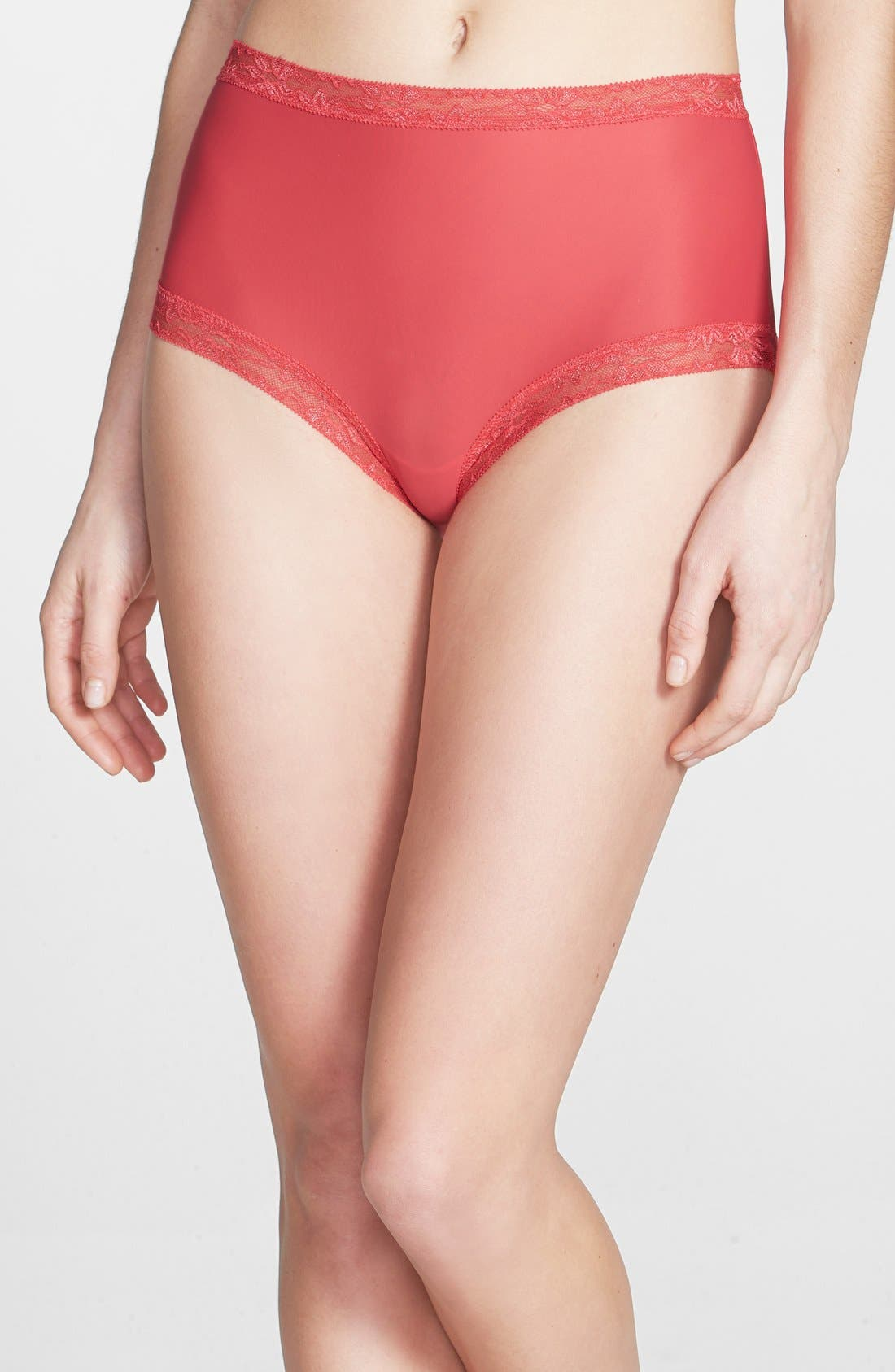 Main Image - Natori 'Bliss' True Briefs