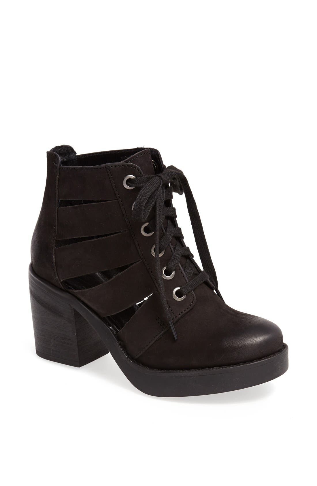 Alternate Image 1 Selected - Topshop 'Anderson' Leather Boot